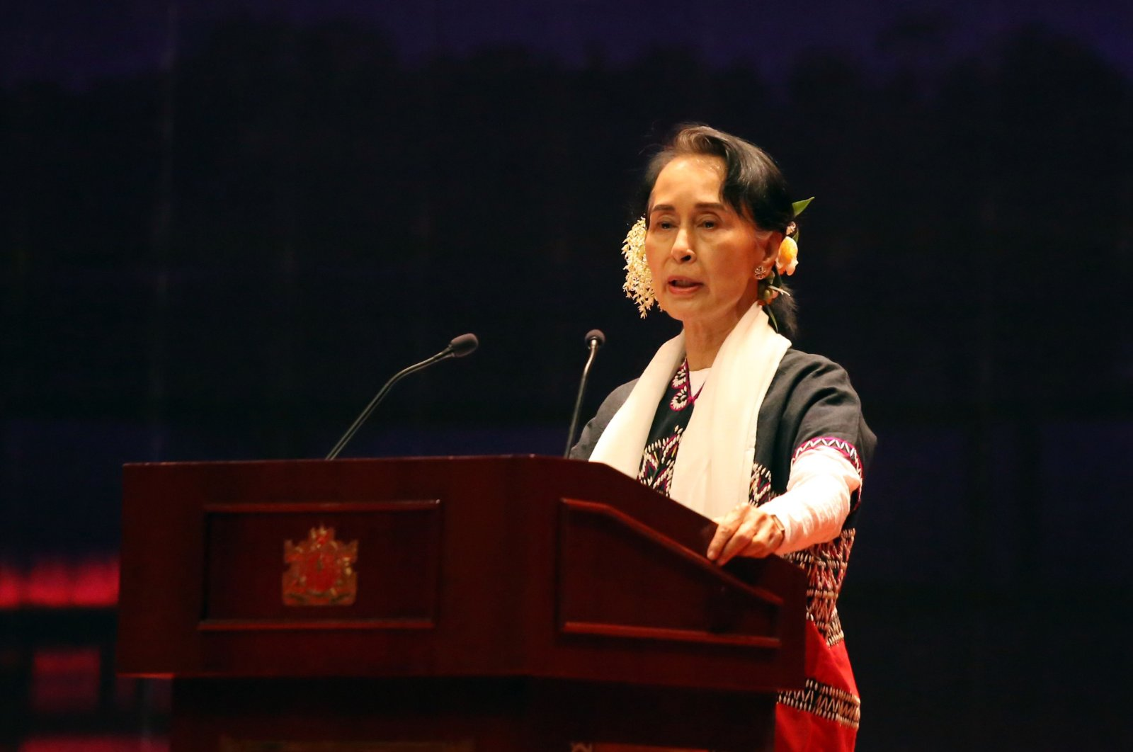Myanmar's State Counselor Aung San Suu Kyi delivers her speech during a Karen New Year ceremony, Naypyidaw, Dec. 18, 2017. (AFP Photo)