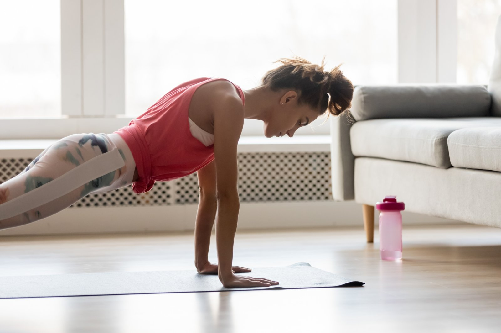 Having a daily workout routine for all your main muscle groups can help you preserve your strength in self-isolation. (iStock Photo)