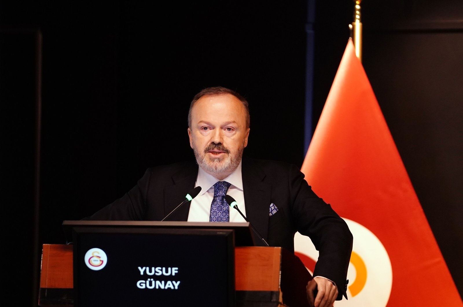 Galatasaray Deputy Chairman Yusuf Günay gives a speech in this undated photo. (AA Photo)