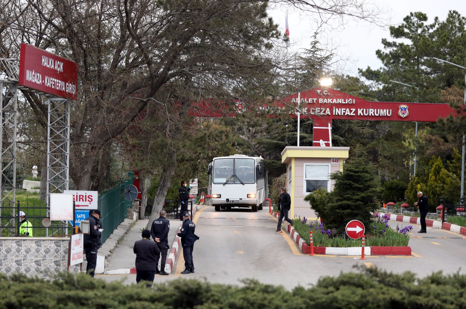 Bus carrying inmates leaves Ankara Penitentiary in the capital Ankara on Wednesday, April 15, 2020. (AA Photo)