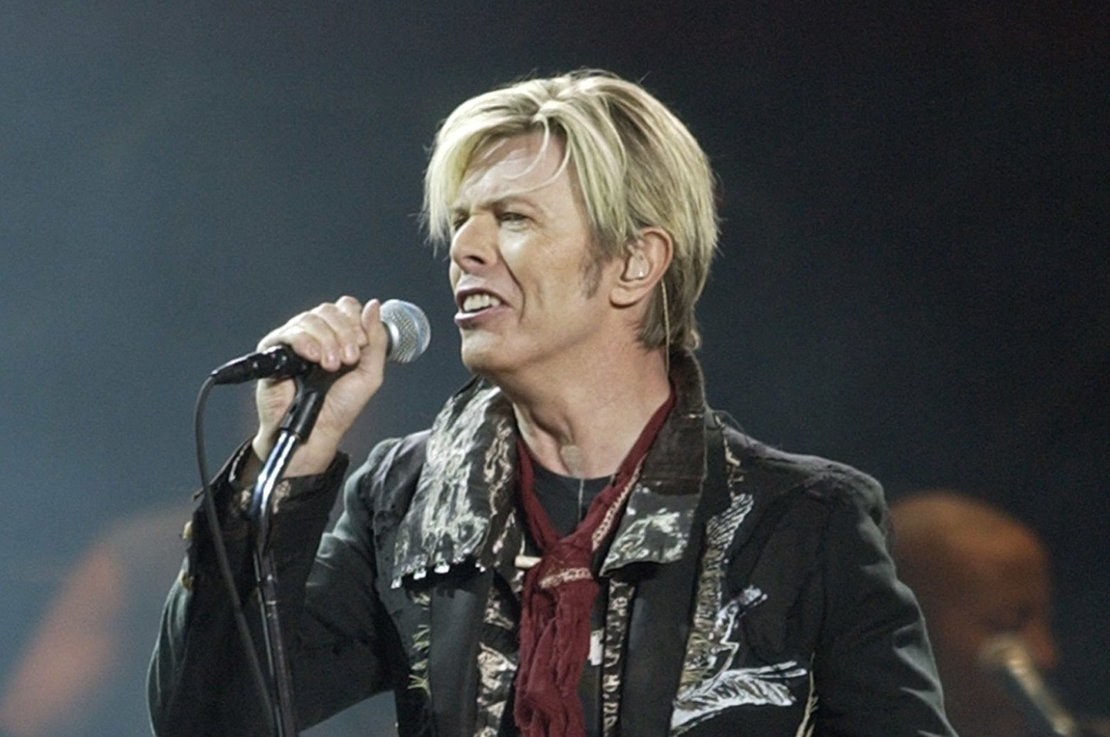 """David Bowie launches the U.S. leg of his worldwide tour called """"A Reality Tour,"""" at Madison Square Garden in New York City, New York, U.S., Dec. 15, 2003. (AP Photo)"""