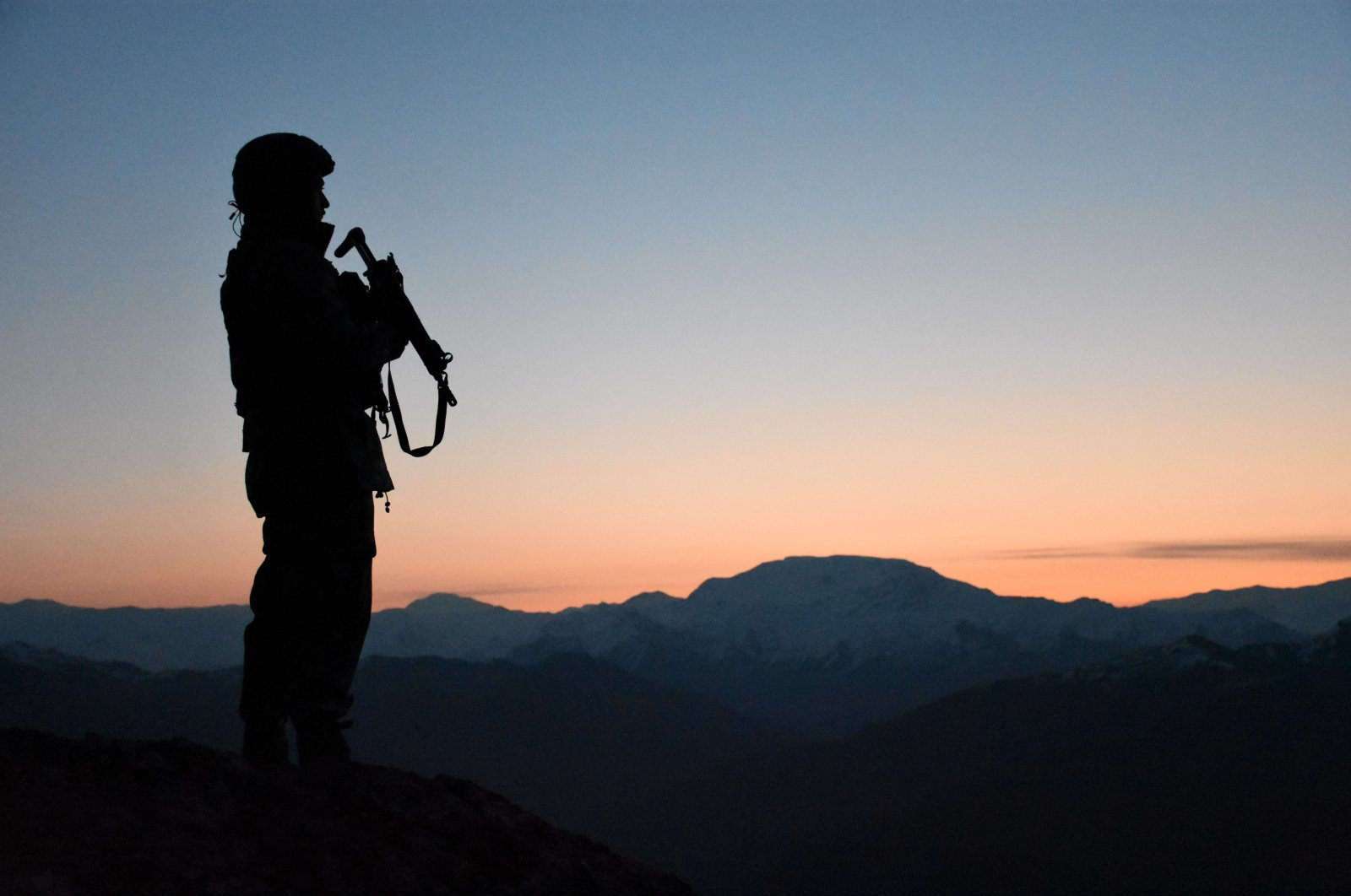 A member of the Turkish Armed Forces (TSK) on guard at an undisclosed location, March 26, 2020. (AA Photo)
