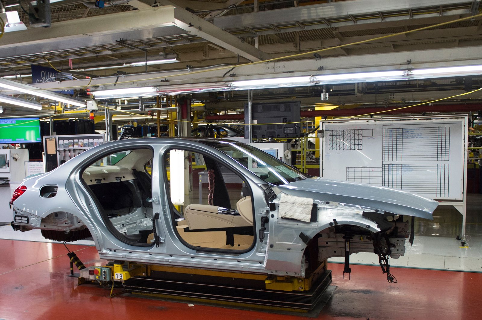 A Mercedes-Benz C-Class frame moves down the production line at the Mercedes-Benz U.S. International factory in Vance, Alabama, U.S., June 8, 2017. (AFP Photo)