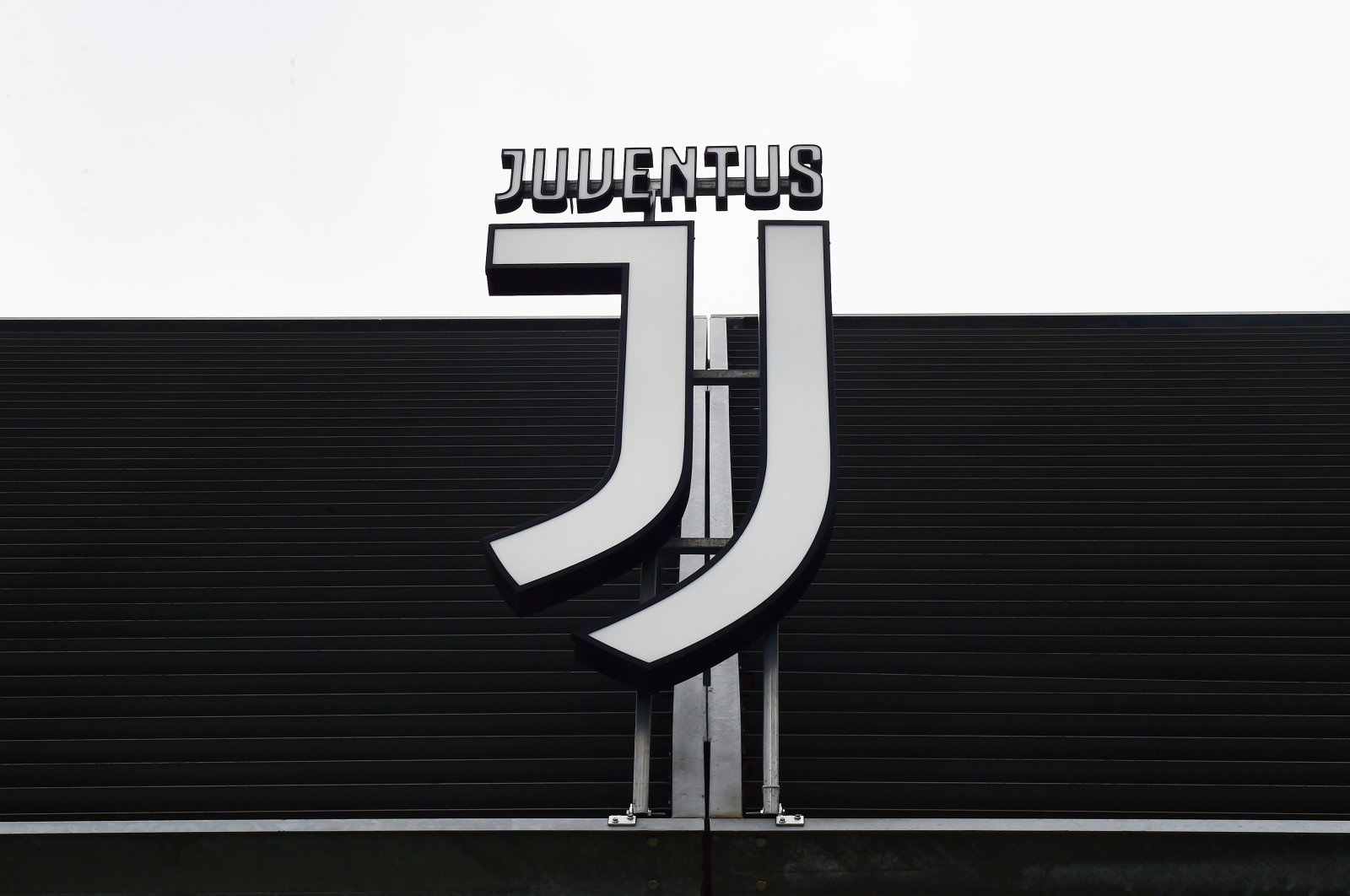 The Juventus club crest seen outside Allianz Stadium in Turin, Italy, March 12, 2020. (Reuters Photo)