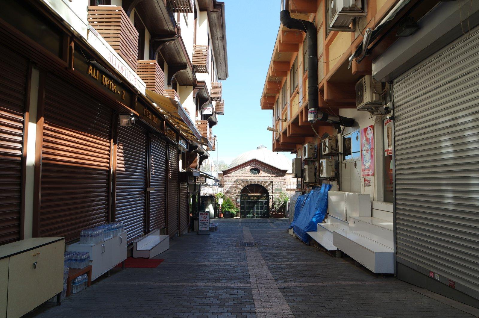 Temporarily closed stores due to coronavirus pandemic seen in northwestern Bursa province, Turkey, April 17, 2020. (AA Photo)