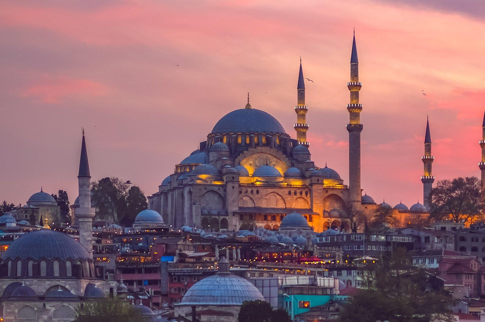 The Süleymaniye Mosque was built by Mimar Sinan under the auspices of Suleiman I. (Shutterstock Photo)