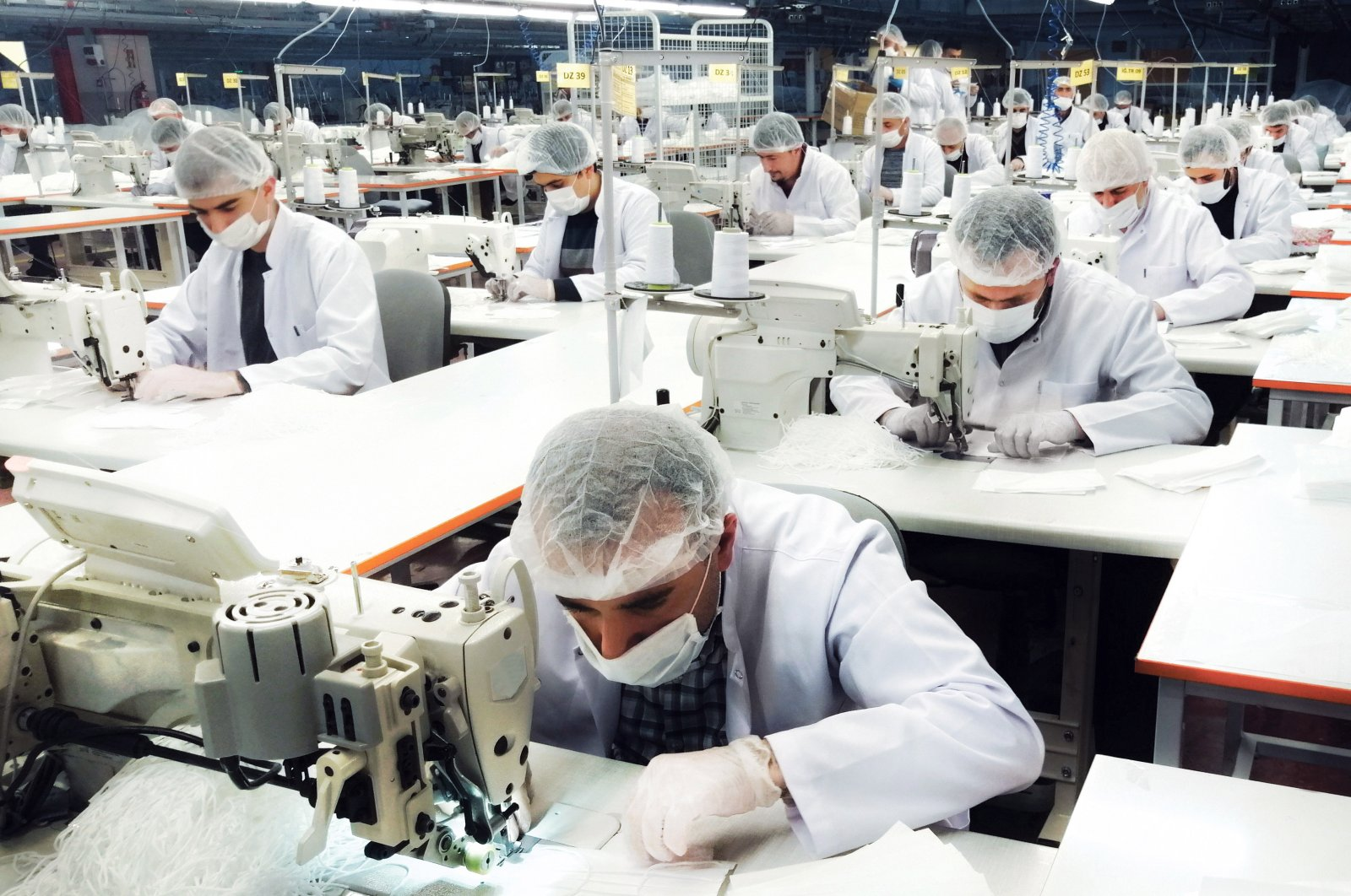 Turkish clothing retailer LC Waikiki produces face masks in all its factories amid fight against the coronavirus. (AA Photo)