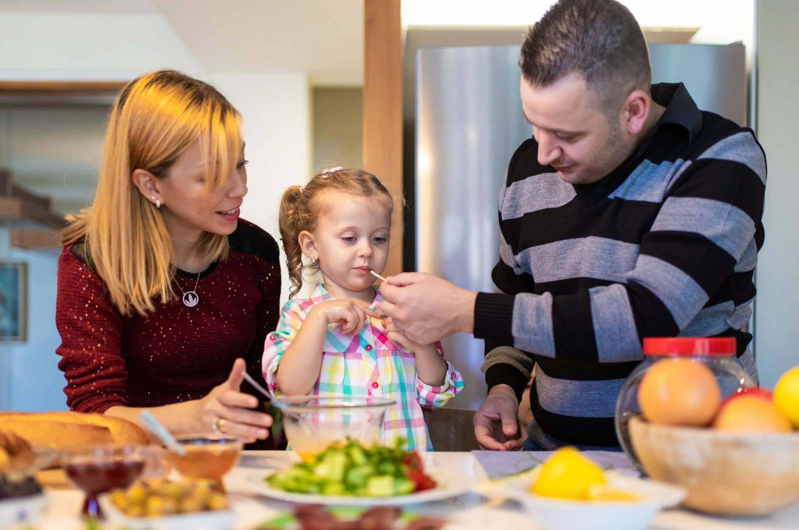With weekend curfews and many workplaces closed, Turkish families have turned to one other during the COVID-19 outbreak. (iStock Photo)