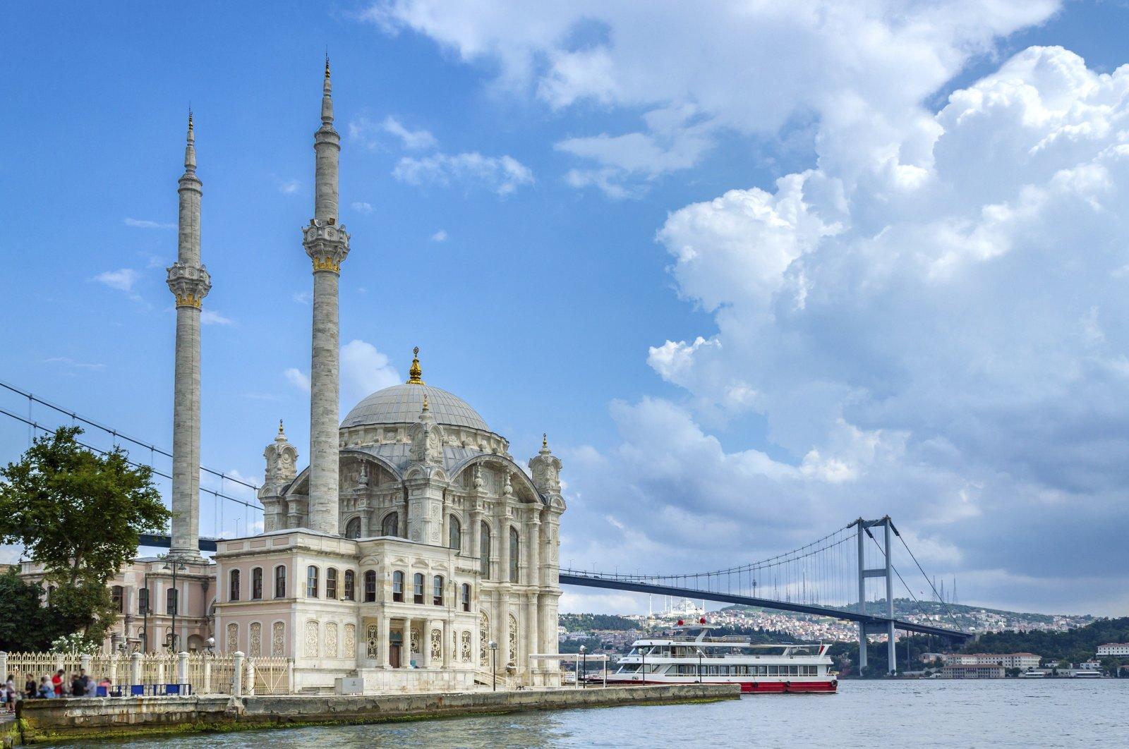 Istanbul's popular touristic destination Ortaköy Mosque and Bosphorus Bridge behind it. (iStock Photo)