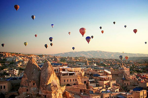 Hot air balloons are seen in Cappadocia, a popular touristic destination located in Nevşehir, central Turkey, in this undated photo. (File Photo)