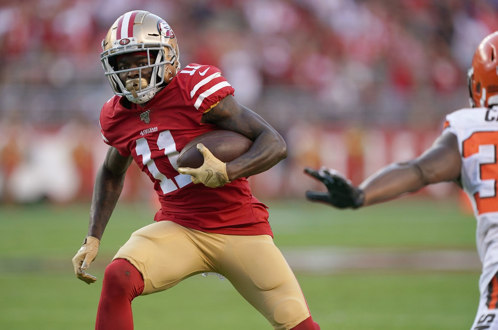 Marquise Goodwin carries the ball against the Cleveland Browns, in Santa Clara, California, United States,  Monday, Oct. 7, 2019 in Santa Clara, California. (AFP Photo)