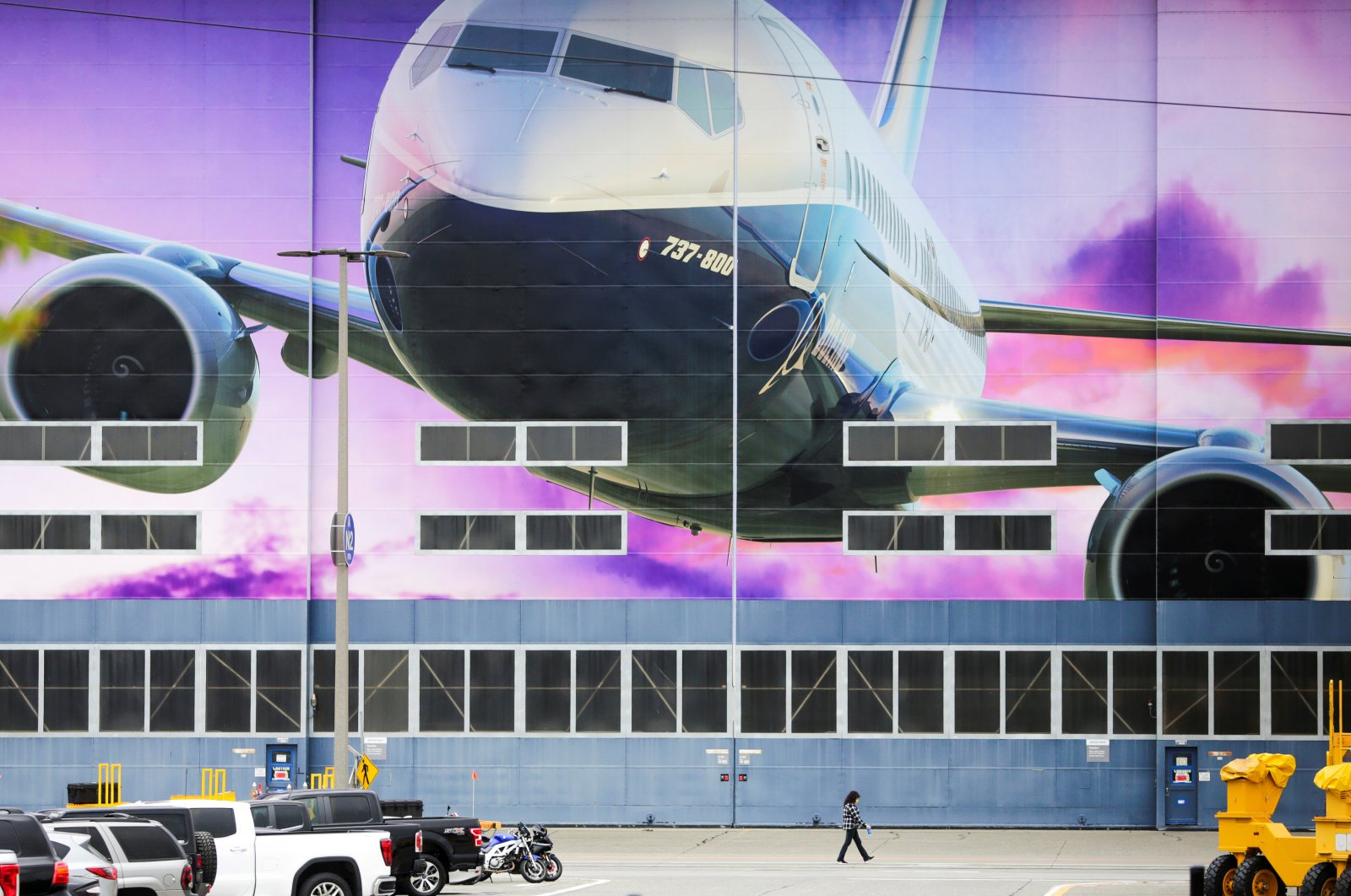 A Boeing 737-800 airliner is pictured at the Boeing Renton Factory as commercial airplane production resumes following a suspension of operations last month in response to the coronavirus pandemic, Renton, Washington, U.S., April 21, 2020. (Reuters Photo)
