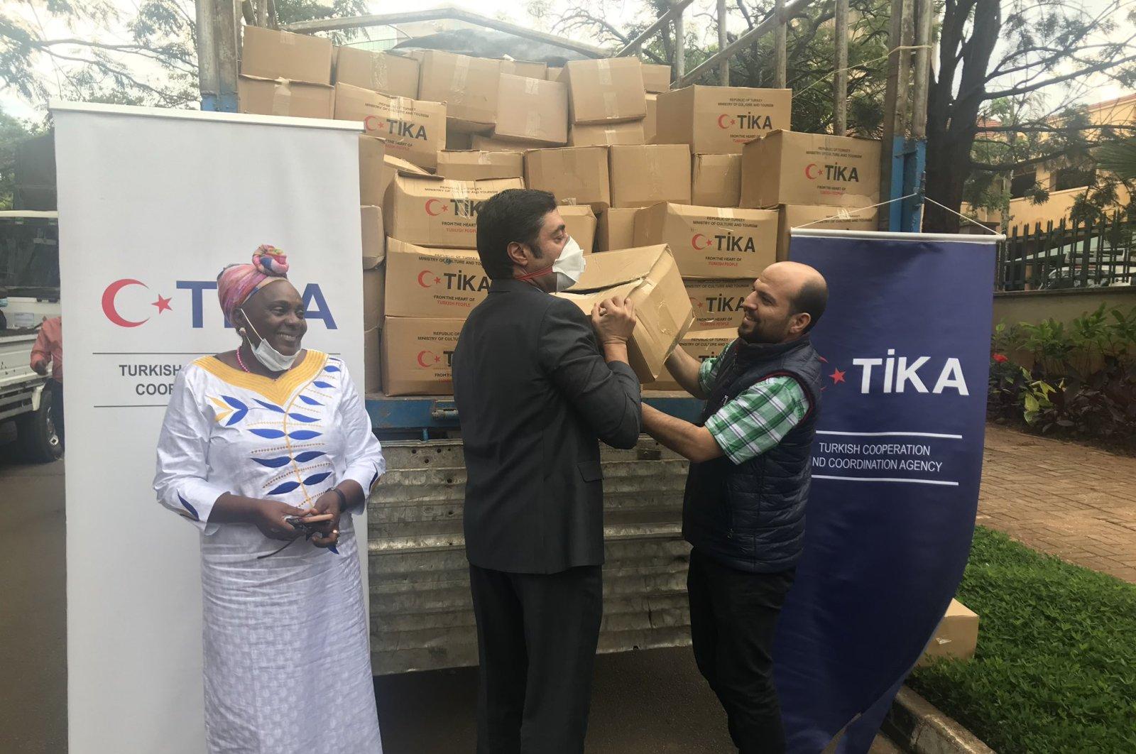 Turkey's state-run aid agency TİKA sent food aid to Uganda to help the East African country amid the coronavirus pandemic, April 27, 2020 (AA Photo)