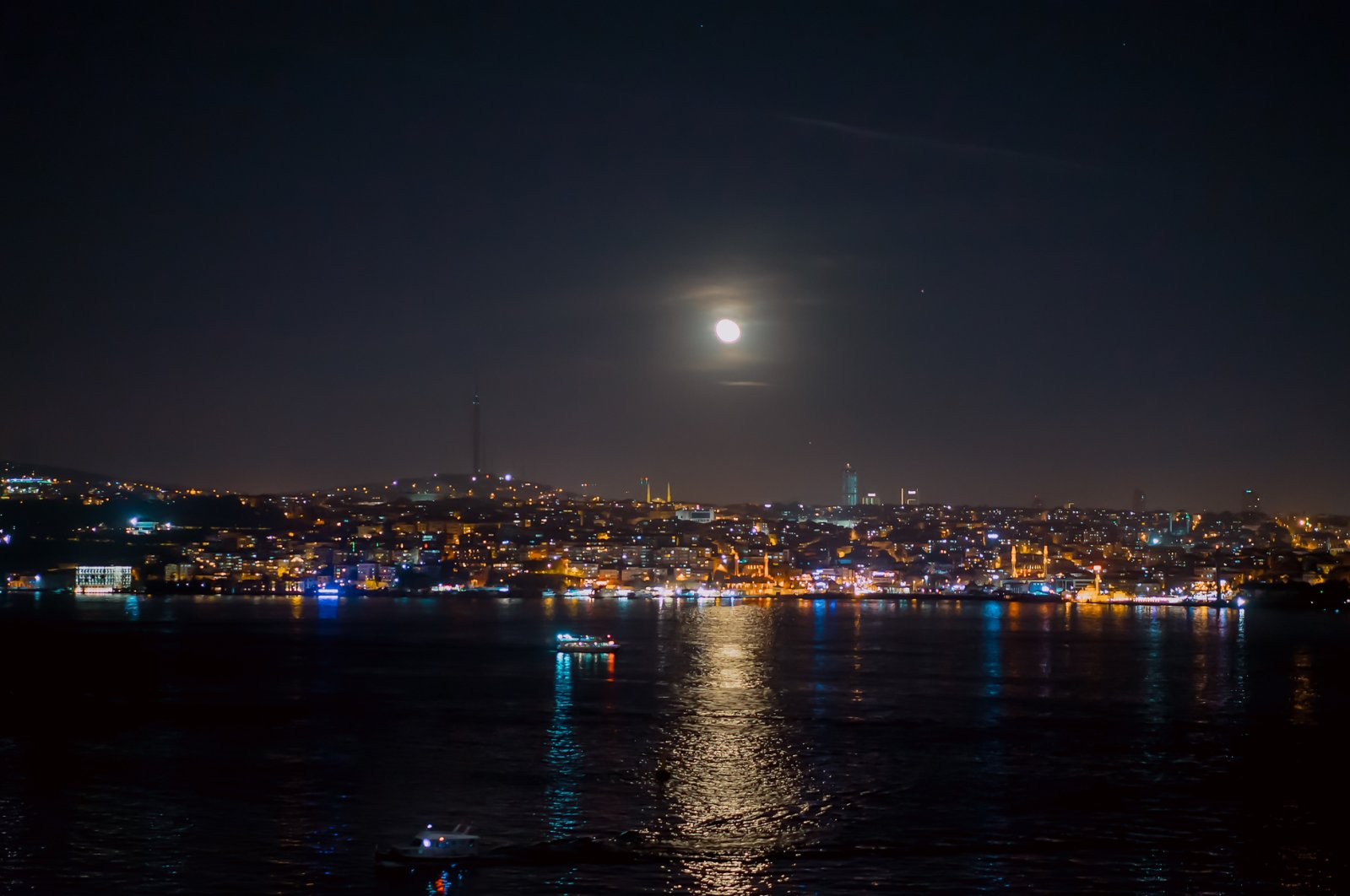 The moon creates a beautiful sea sparkle on the waters of the Bosporus along the coasts of Istanbul. (iStock Photo)