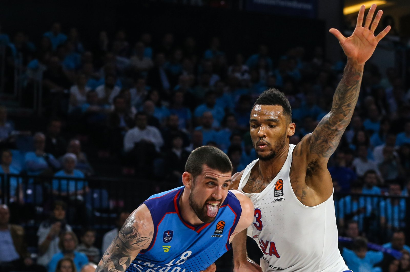 Adrien Moerman dribbles basketball during a Turkish Airlines EuroLeague match between Anadolu Efes and CSKA Moscow, in Istanbul, Turkey, 2019. (AA Photo)