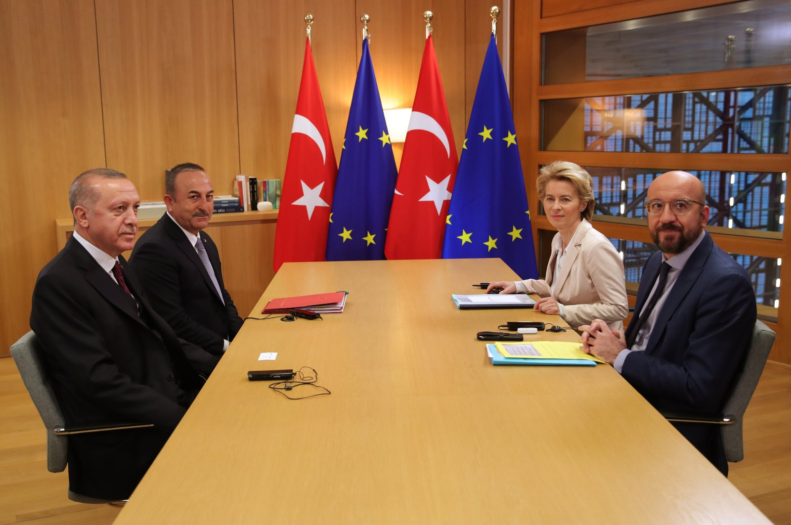 President Recep Tayyip Erdoğan (left) and Foreign Minister Mevlüt Çavuşoğlu (second left) at a meeting with Ursula von der Leyen (second right) and Charles Michel, President of European Council (right), Monday, March 9, 2020. (AA Photo)