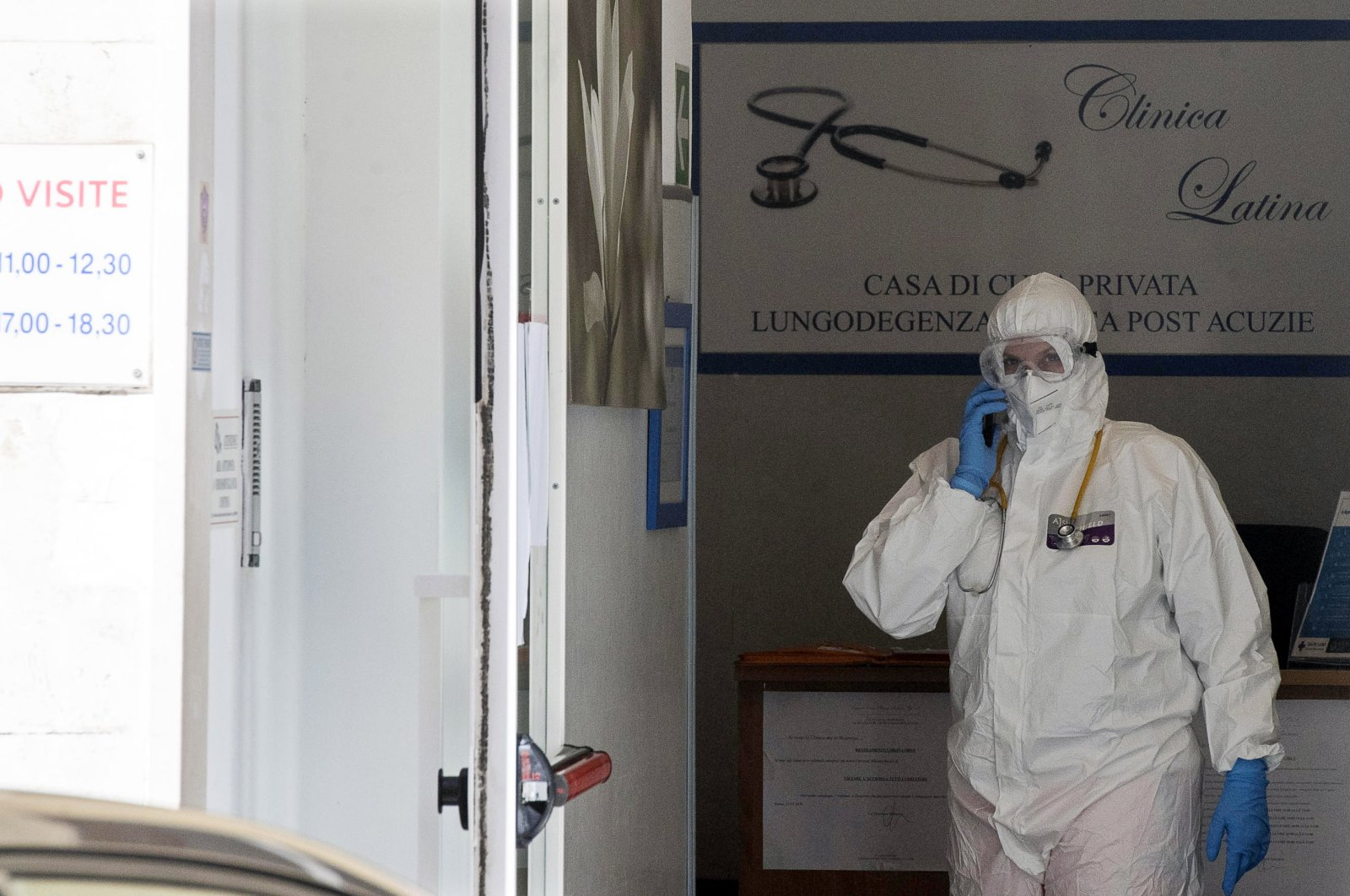 A health specialist wears protective gear at the Latin Clinic in Rome, Italy, 02 May 2020, amid the ongoing coronavirus COVID-19 pandemic. (EPA Photo)