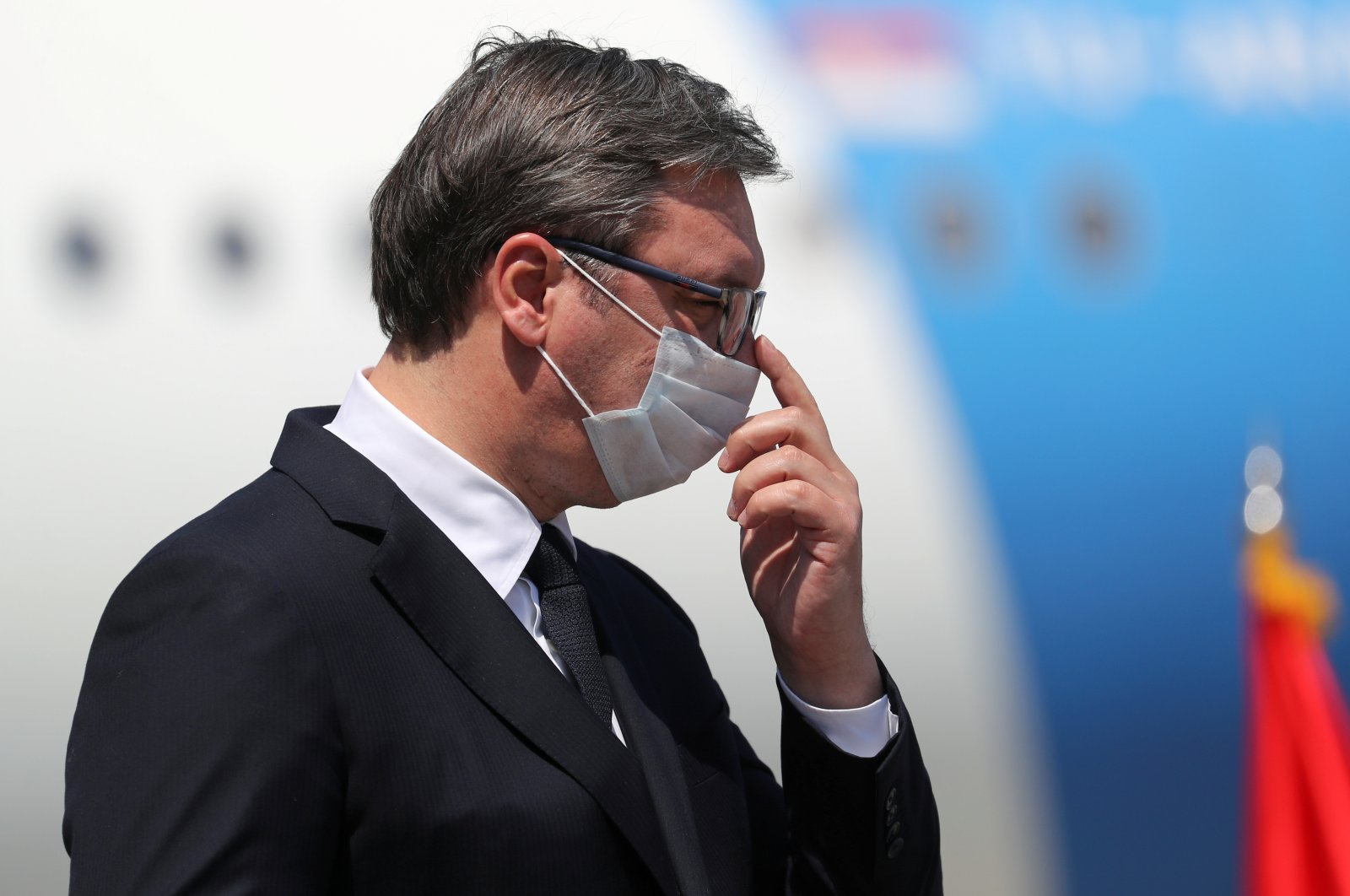 Serbian President Aleksandar Vucic, wearing a protective face mask, gestures after speaking at Nikola Tesla Airport, in Belgrade, Serbia, April 25, 2020. (Reuters Photo)