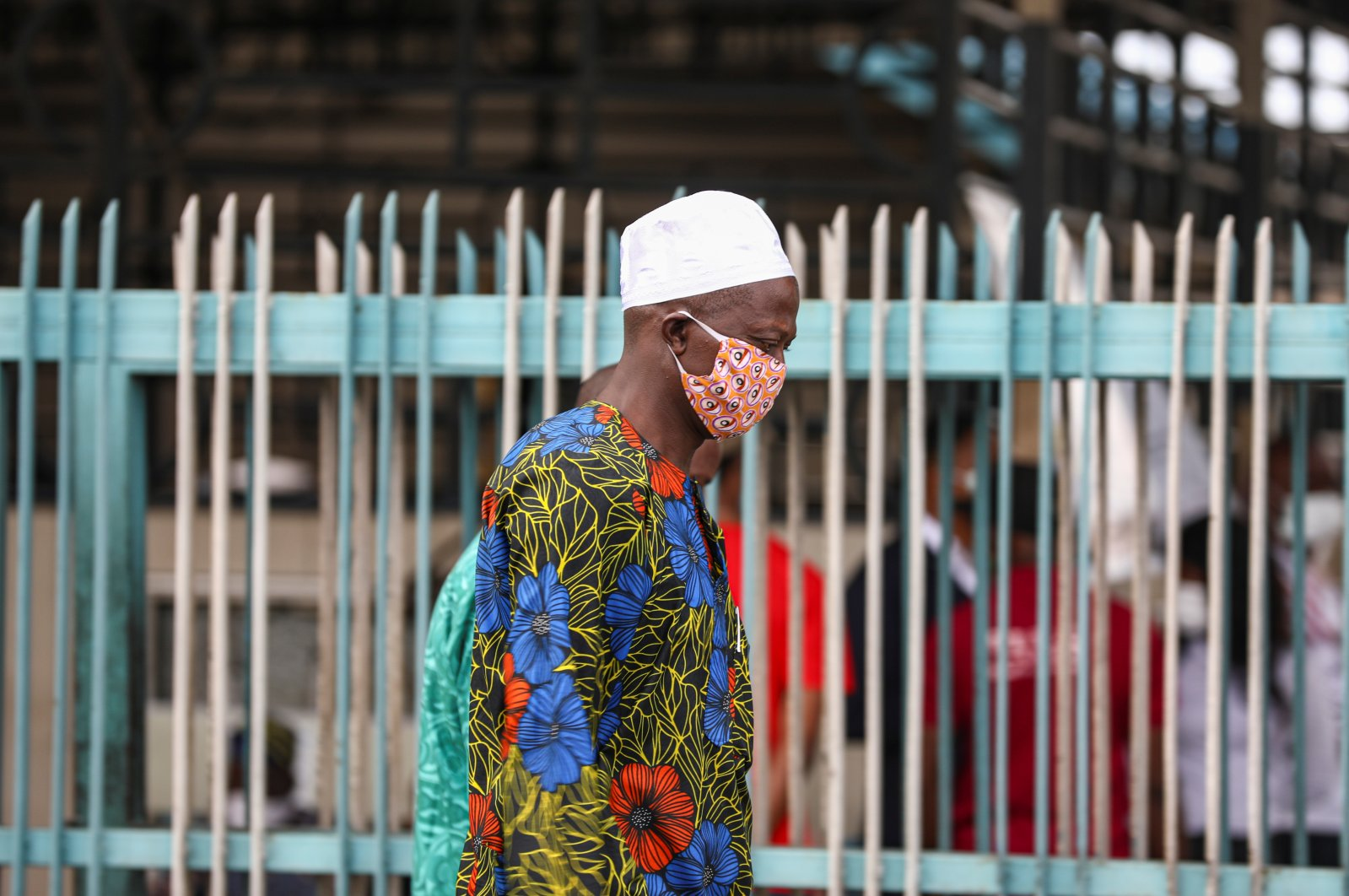 A man wearing a protective face mask is seen on the first day of the easing of lockdown measures, Lagos, May 4, 2020. (REUTERS Photo)