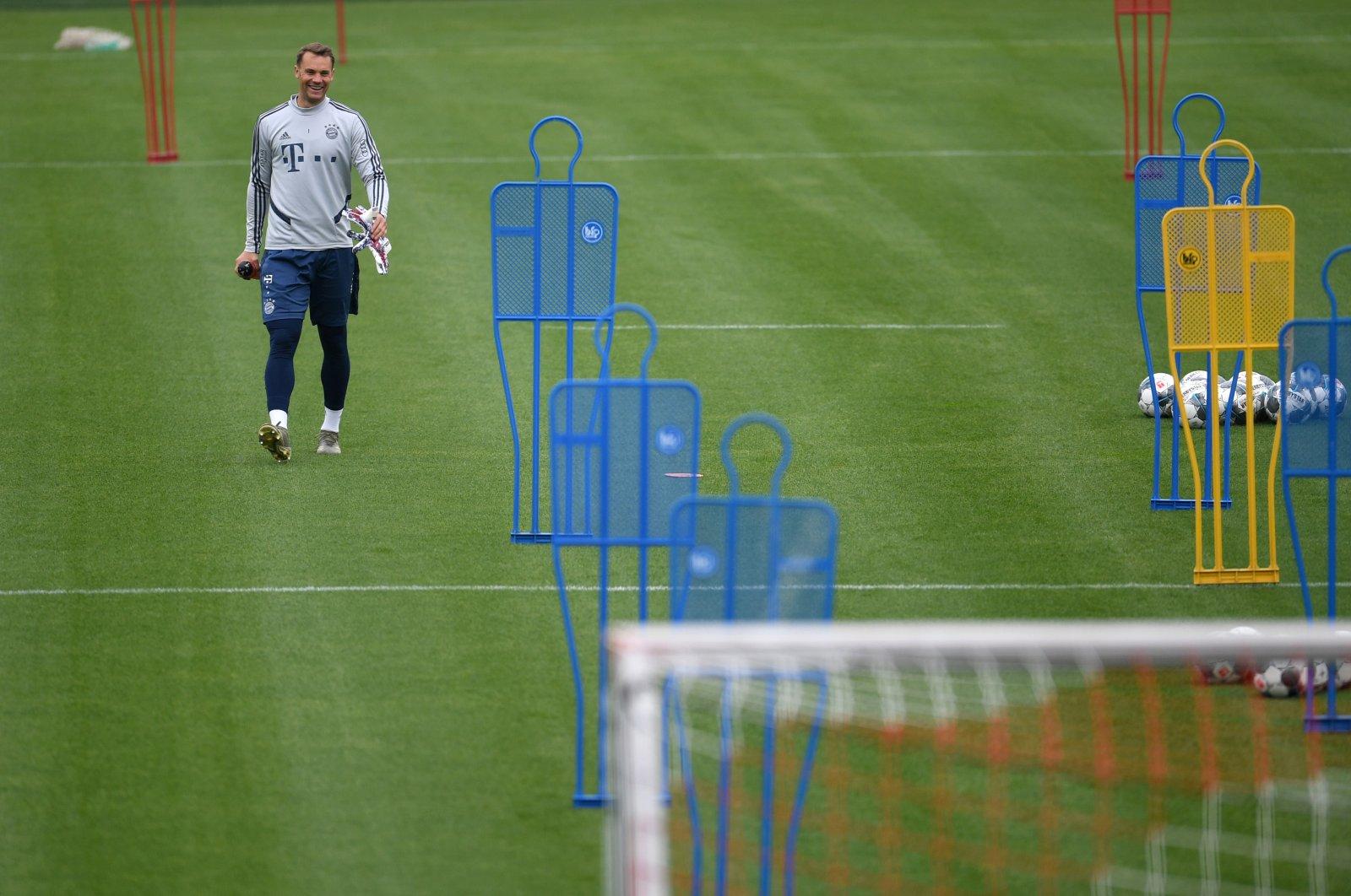 Bayern Munich's Manuel Neuer during training, in Munich, Germany, May 5, 2020. (Reuters Photo)