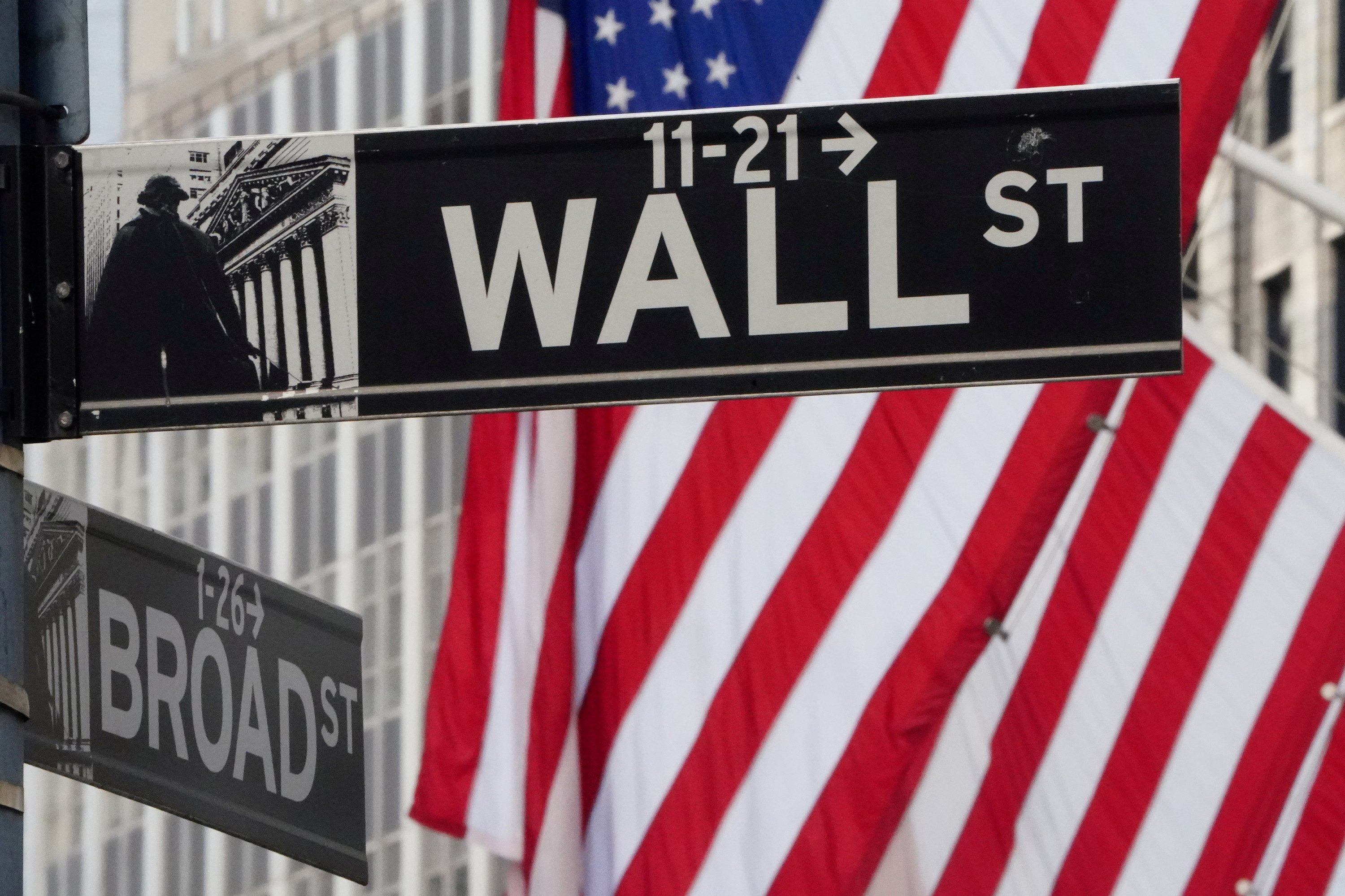Wall Street drifts from losses to gains amid more dour data thumbnail