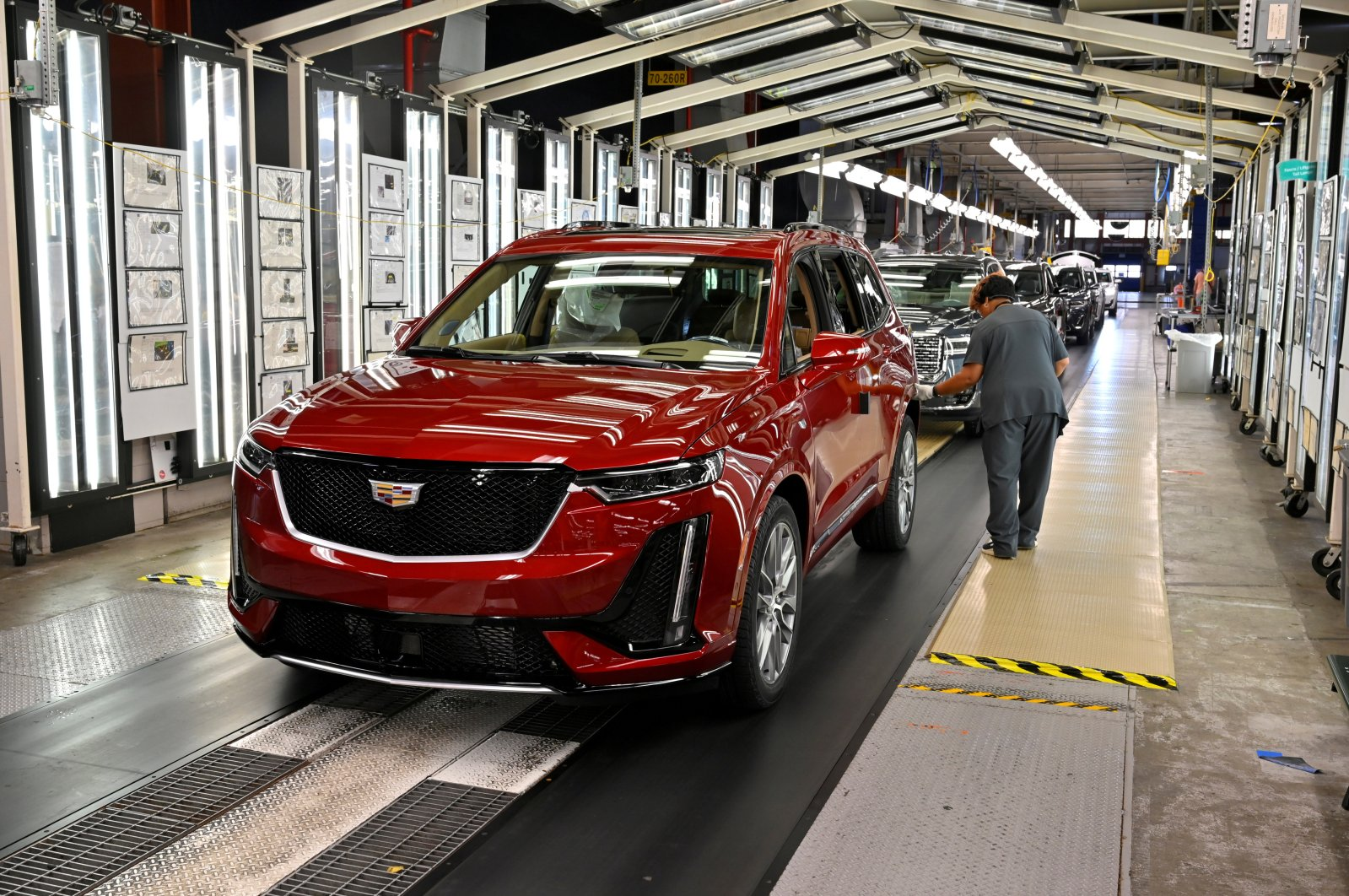 A final inspection is performed as the vehicles are ready to leave the assembly line at the General Motors (GM) manufacturing plant in Spring Hill, Tennessee, U.S., Aug. 22, 2019. ( Reuters Photo)