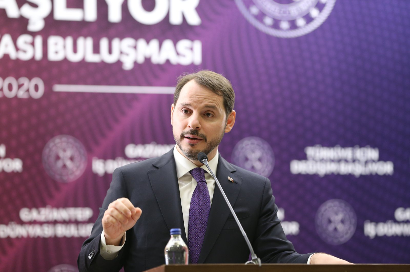 Treasury and Finance Minister Berat Albayrak speaks during a meeting with businesspeople in Turkey's southeastern Gaziantep province, Feb. 20, 2020. (AA Photo)