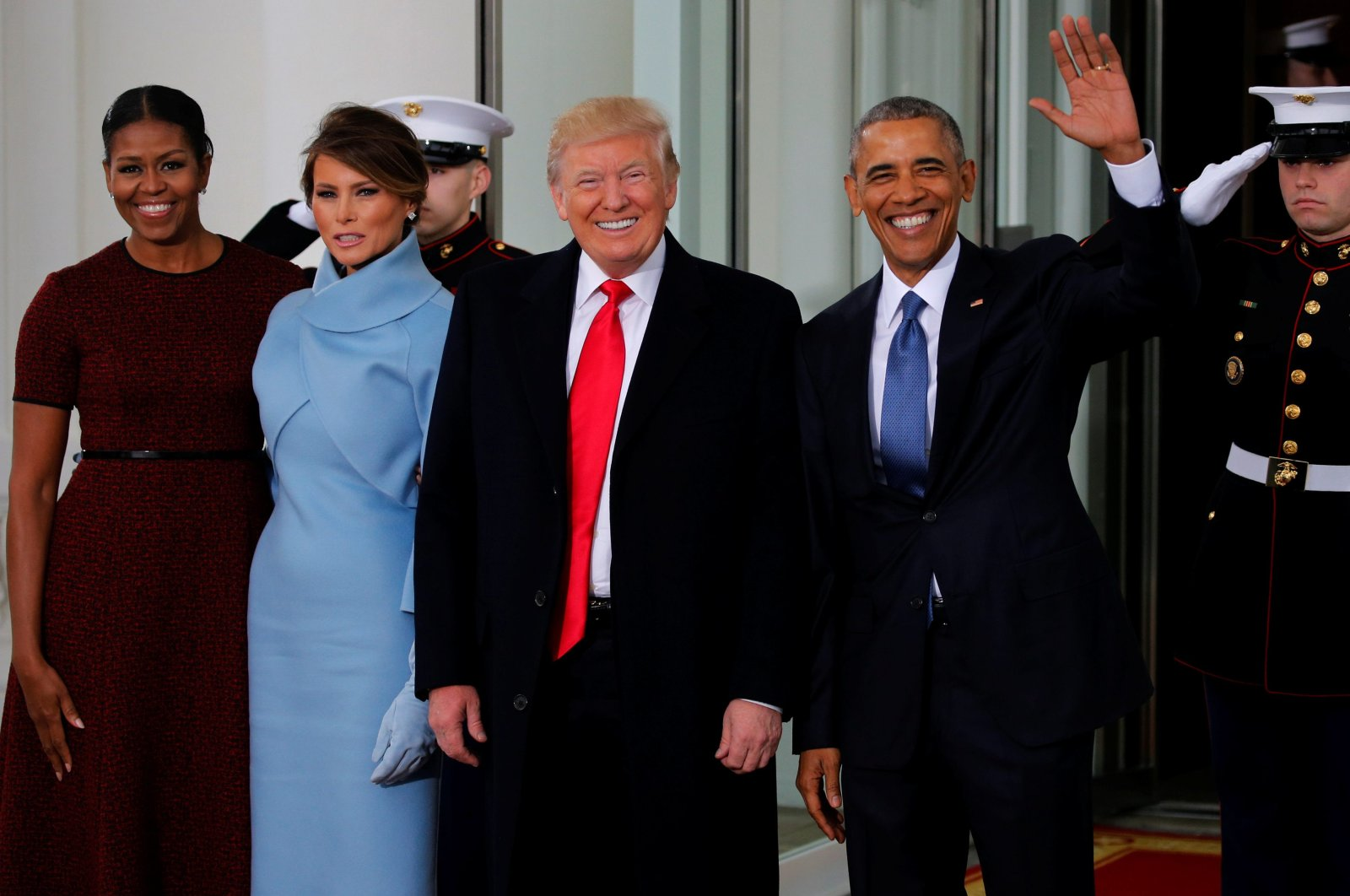 U.S. President Barack Obama (R) and first lady Michelle Obama (L) greet U.S. President-elect Donald Trump and his wife Melania for tea before the inauguration at the White House in Washington, U.S. January 20, 2017. (Reuters Photo)