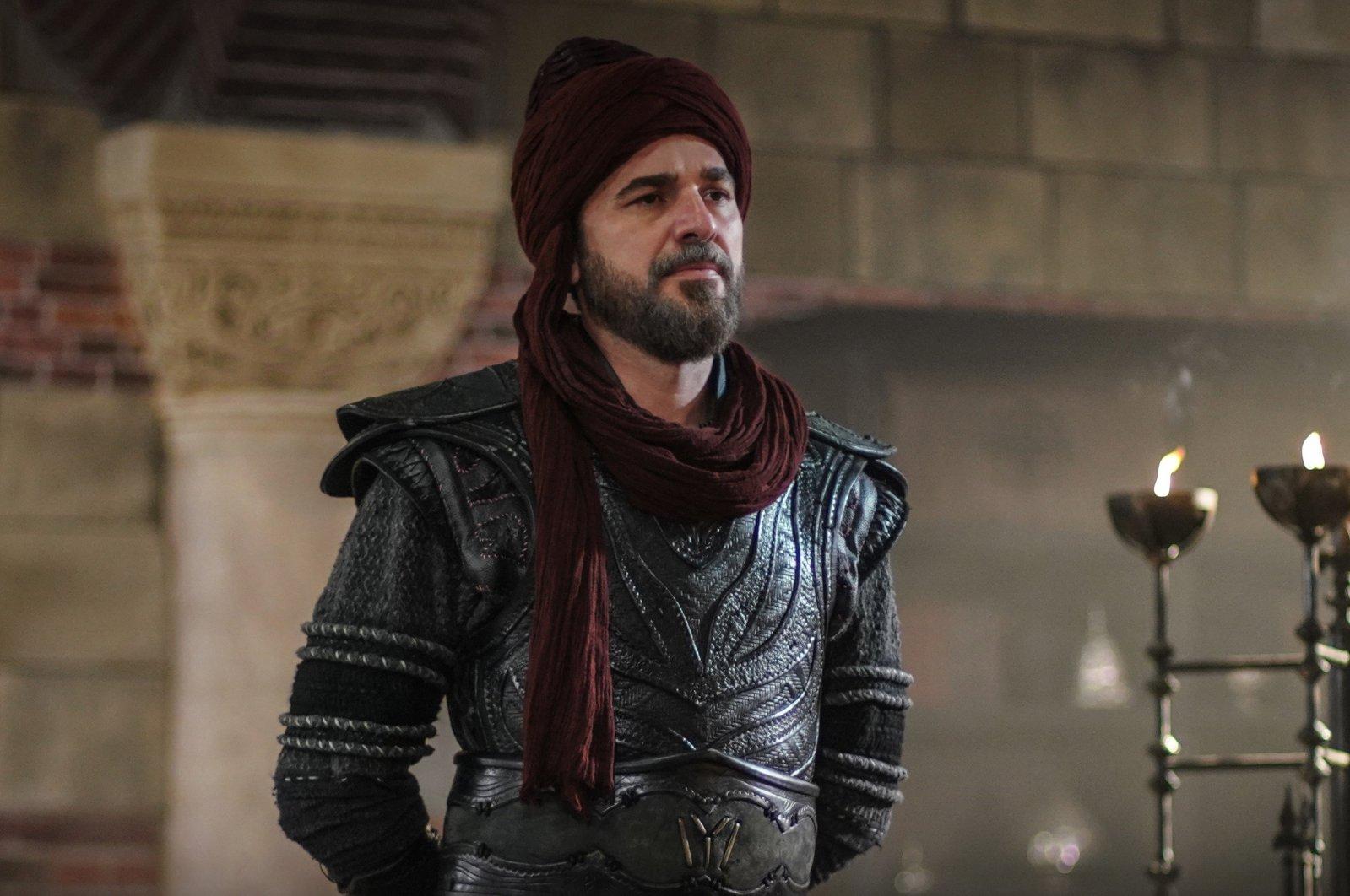 """Engin Altan Düzyatan as Ertuğrul Gazi in """"Diriliş Ertuğrul""""."""