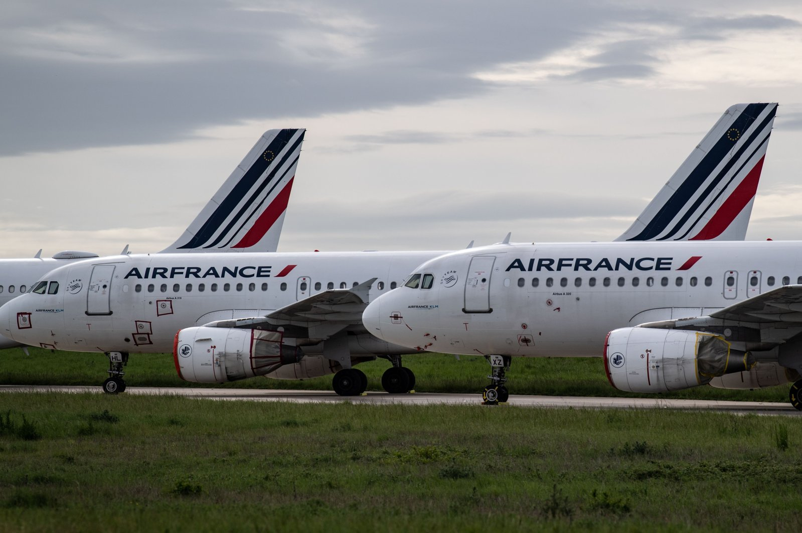 Air France planes parked on the tarmac at Paris Charles de Gaulle Airport in Roissy during the coronavirus outbreak, Paris, France, April 30, 2020. (AFP Photo)