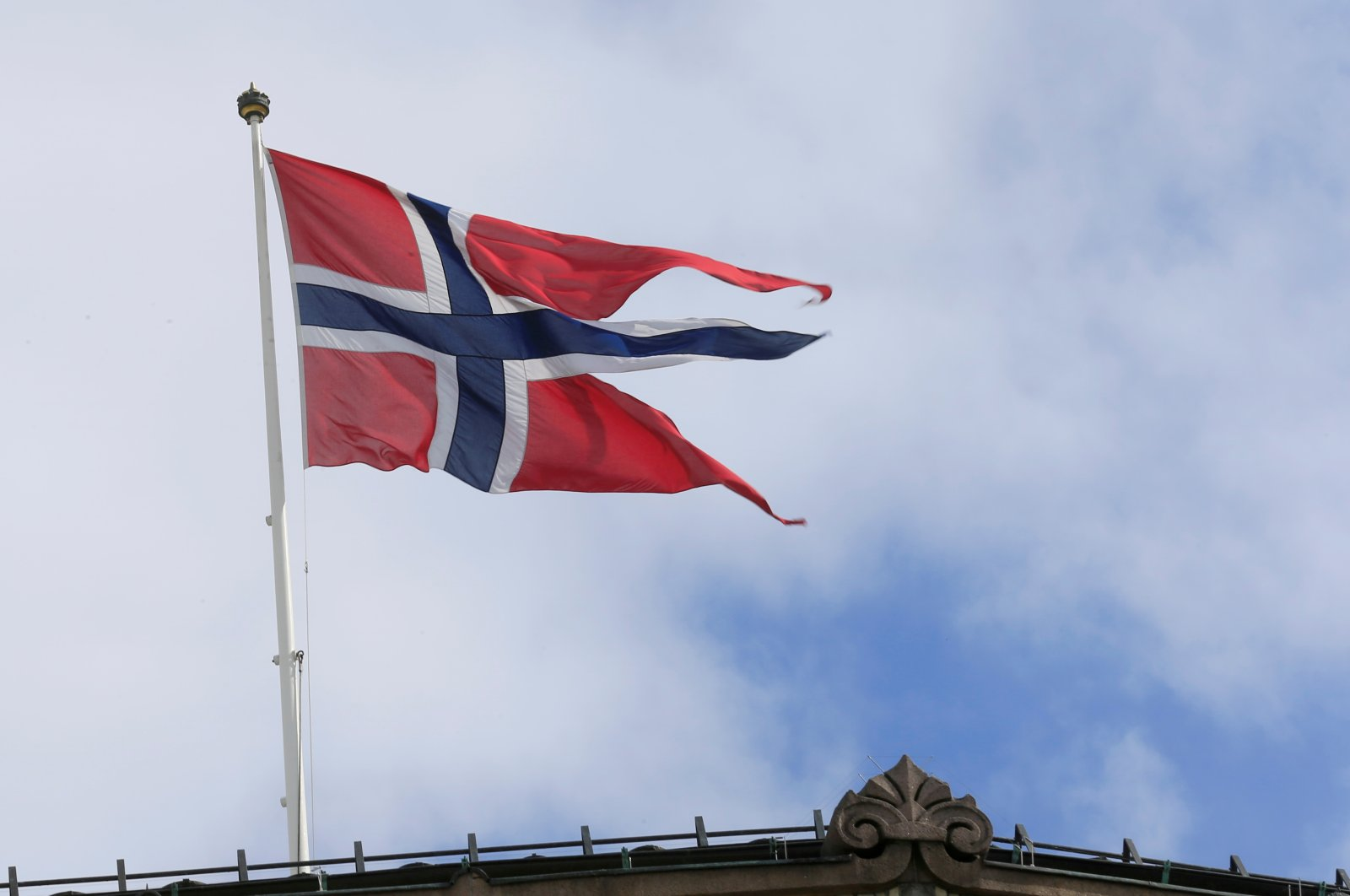 A Norwegian flag flutters over building in Oslo, Norway May 31, 2017. (REUTERS Photo)
