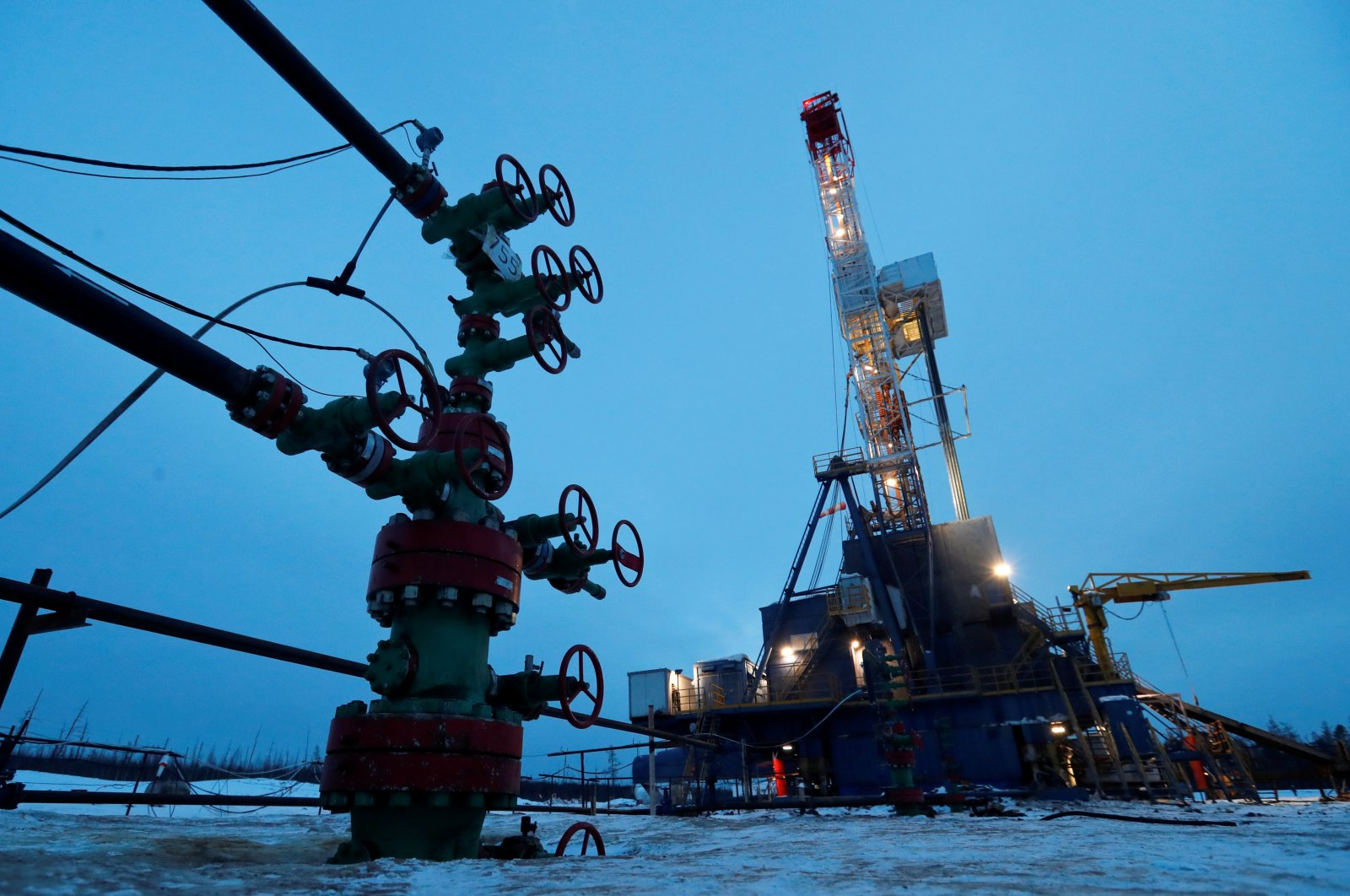 A view shows a well head and a drilling rig in the Yarakta Oil Field, owned by Irkutsk Oil Company (INK), in Irkutsk Region, Russia, March 11, 2019. (Reuters Photo)