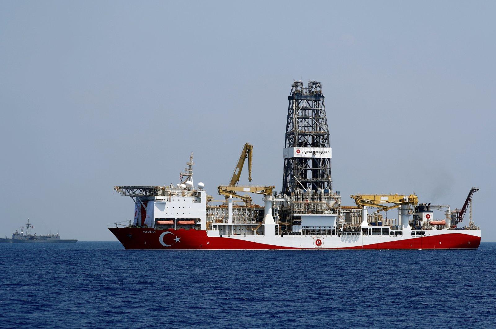 Turkish drilling vessel Yavuz is escorted by Turkish Navy frigate TCG Gemlik (F-492) in the eastern Mediterranean Sea off Cyprus, August 6, 2019. (REUTERS Photo)