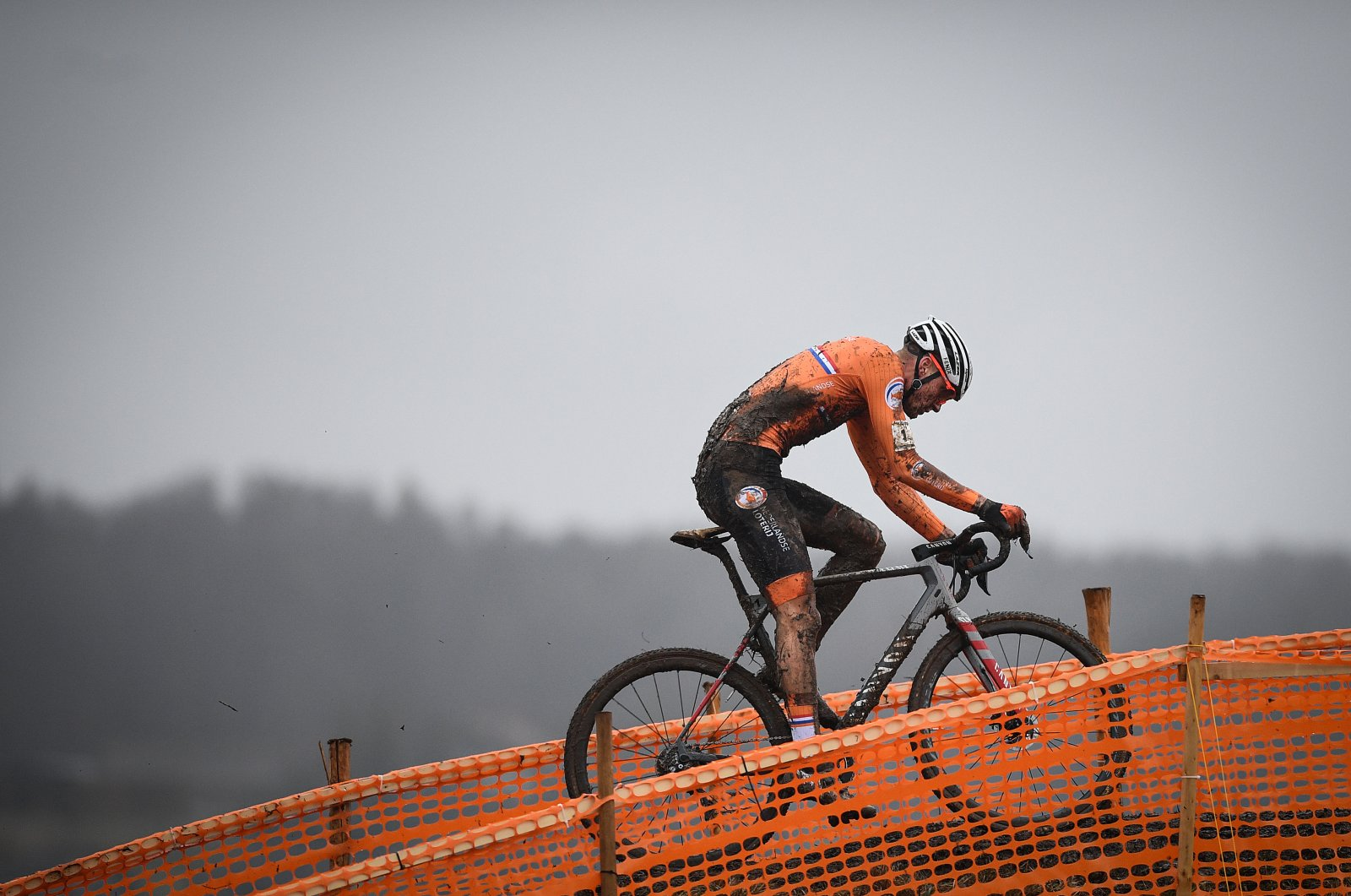 Mathieu Van Der Poel in action during the men's elite race at the World Championships cyclocross cycling in Dubendorf, Switzerland, Feb. 2, 2020. (Reuters Photo)