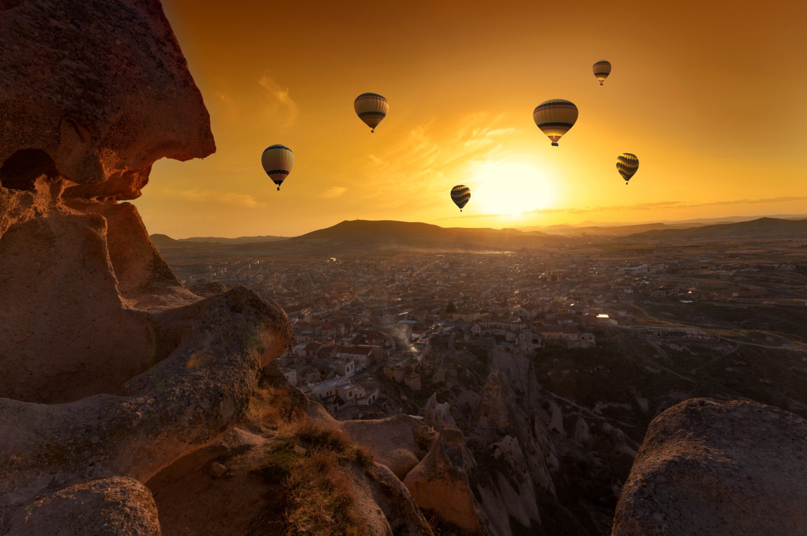 The Cappadocia valley is truly breathtaking at sunset. (iStock Photo)