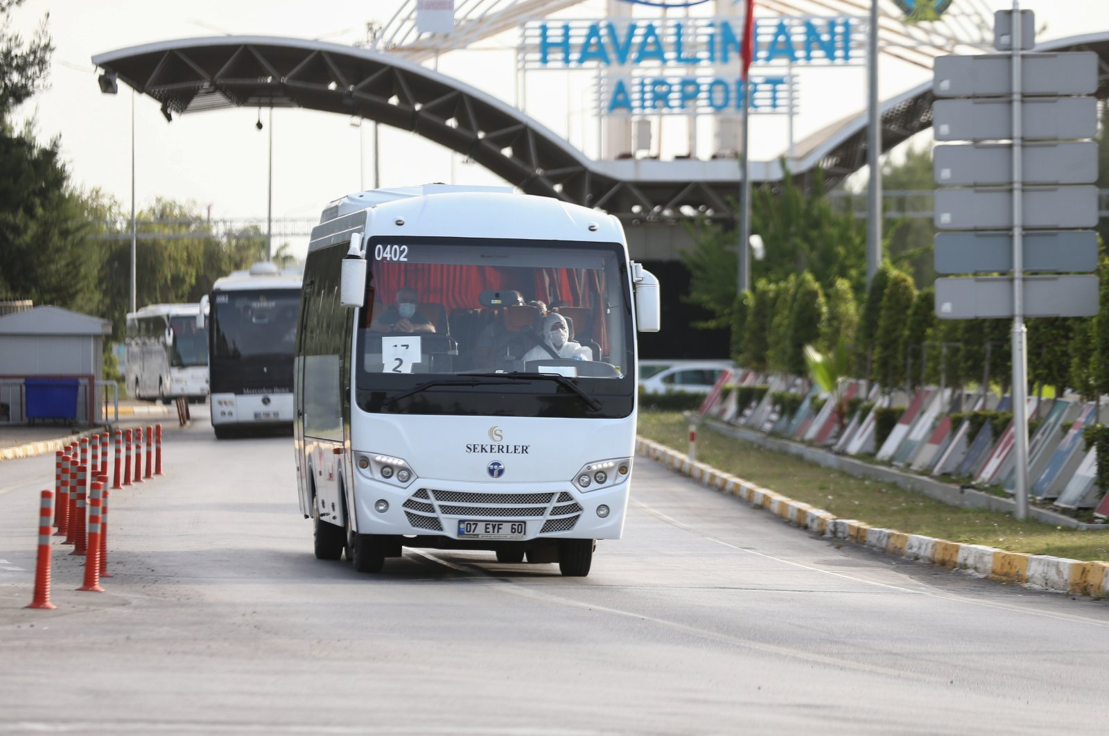 More than 300 Turks were repatriated to their homeland amid the novel coronavirus outbreak. A bus brings the evacuated from the airport to a dormitory in Ordu, May 16, 2020. (AA Photo)