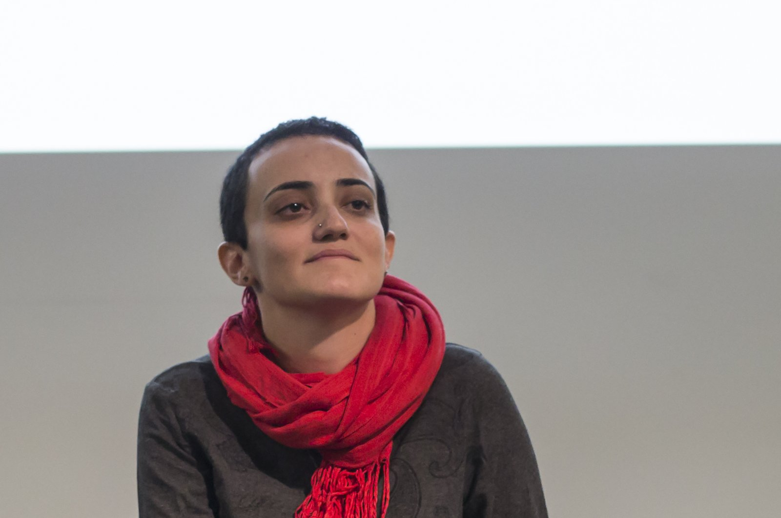 Lina Attalah, editor-in-chief of Mada Masr, a prominent investigative media outlet in Egypt, participates in a panel discussion at cultural center in Cairo, Egypt, Nov. 24, 2017. (AP Photo)