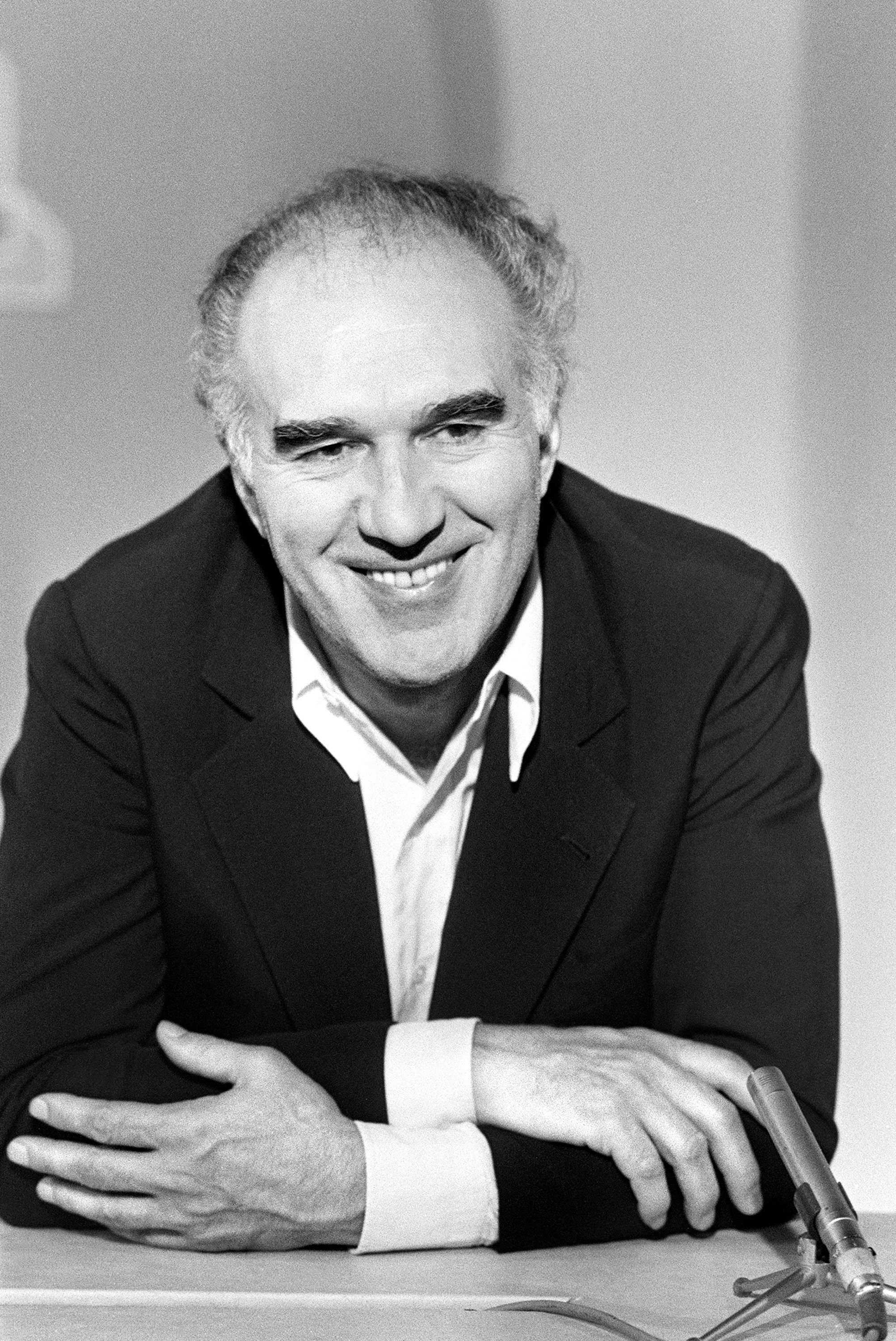 French actor Michel Piccoli poses as he attends attends the television news on French channel TF1 in Paris, June 25,1983. (AFP Photo)