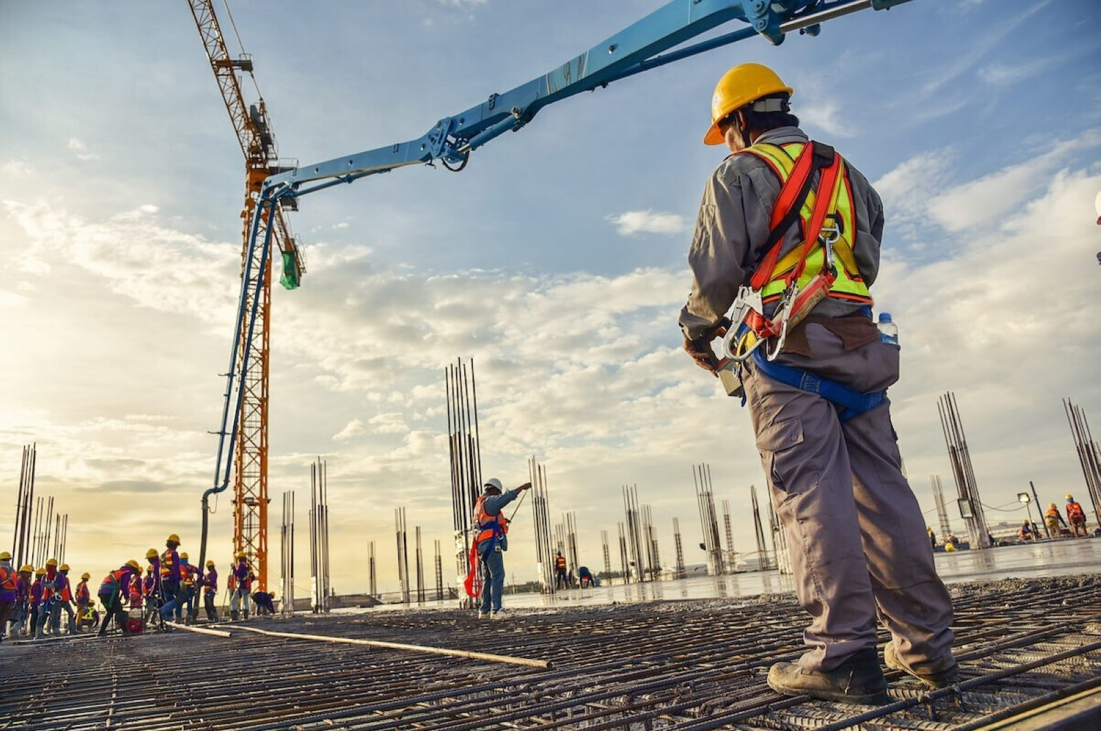 The construction sector employs 1.3 million people in Turkey, according to February 2020 data. (IHA File Photo)