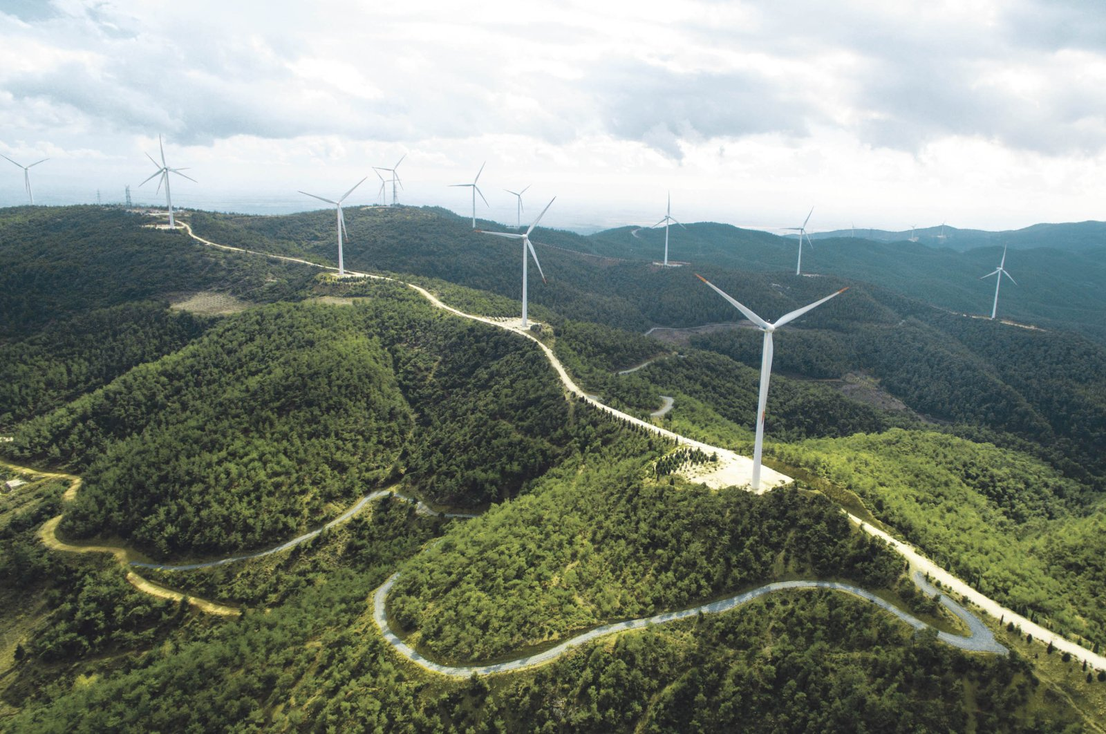 A total of 3,285 turbines installed across Turkey. (File Photo)