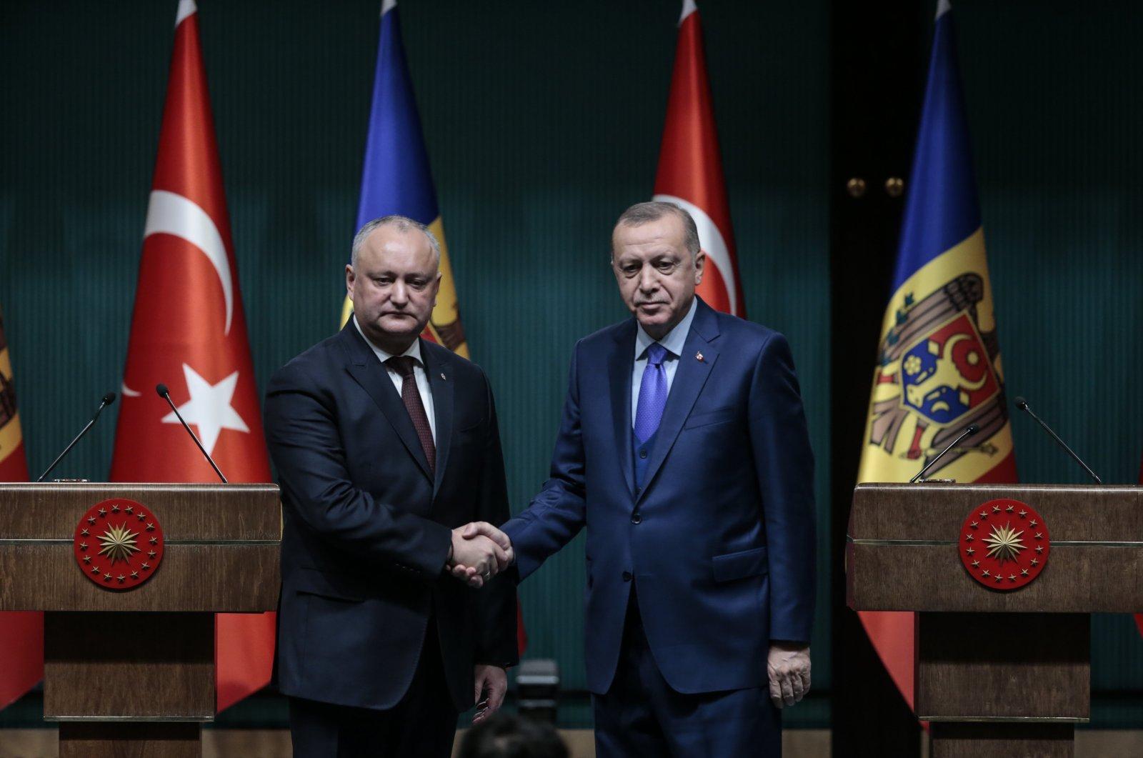 President Recep Tayyip Erdoğan (R) and Moldova's President Igor Dodon (L) during a joint press conference in Turkish capital Ankara, December 31, 2019. (AA Photo)