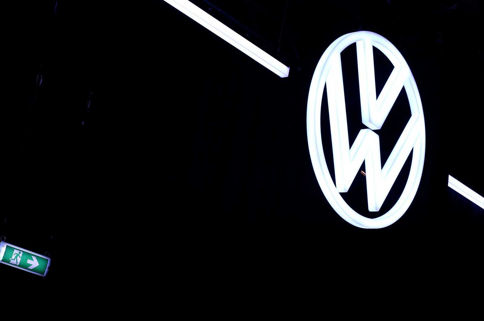 The logo of carmaker Volkswagen at the VW car factory in Zwickau, eastern Germany, Nov. 4, 2019. (AFP Photo)