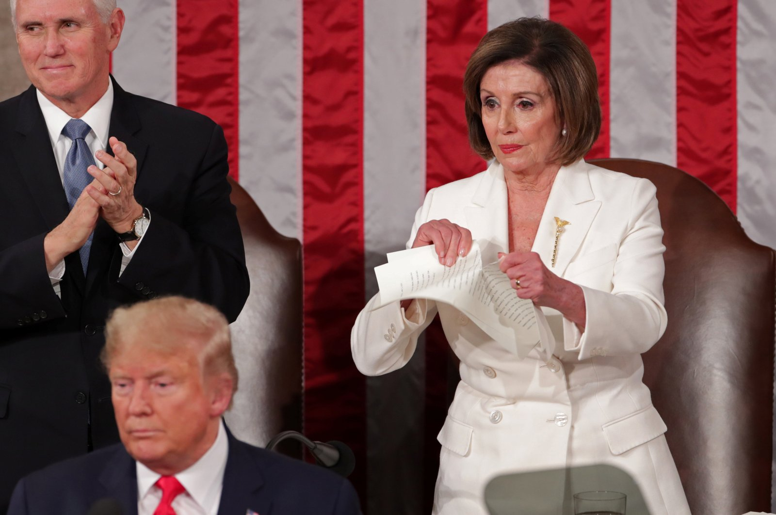 Speaker of the House Nancy Pelosi (D-CA) rips up the speech of U.S. President Donald Trump after his State of the Union address to a joint session of the U.S. Congress in the House Chamber of the U.S. Capitol in Washington, D.C., Feb. 4, 2020. (Reuters Photo)
