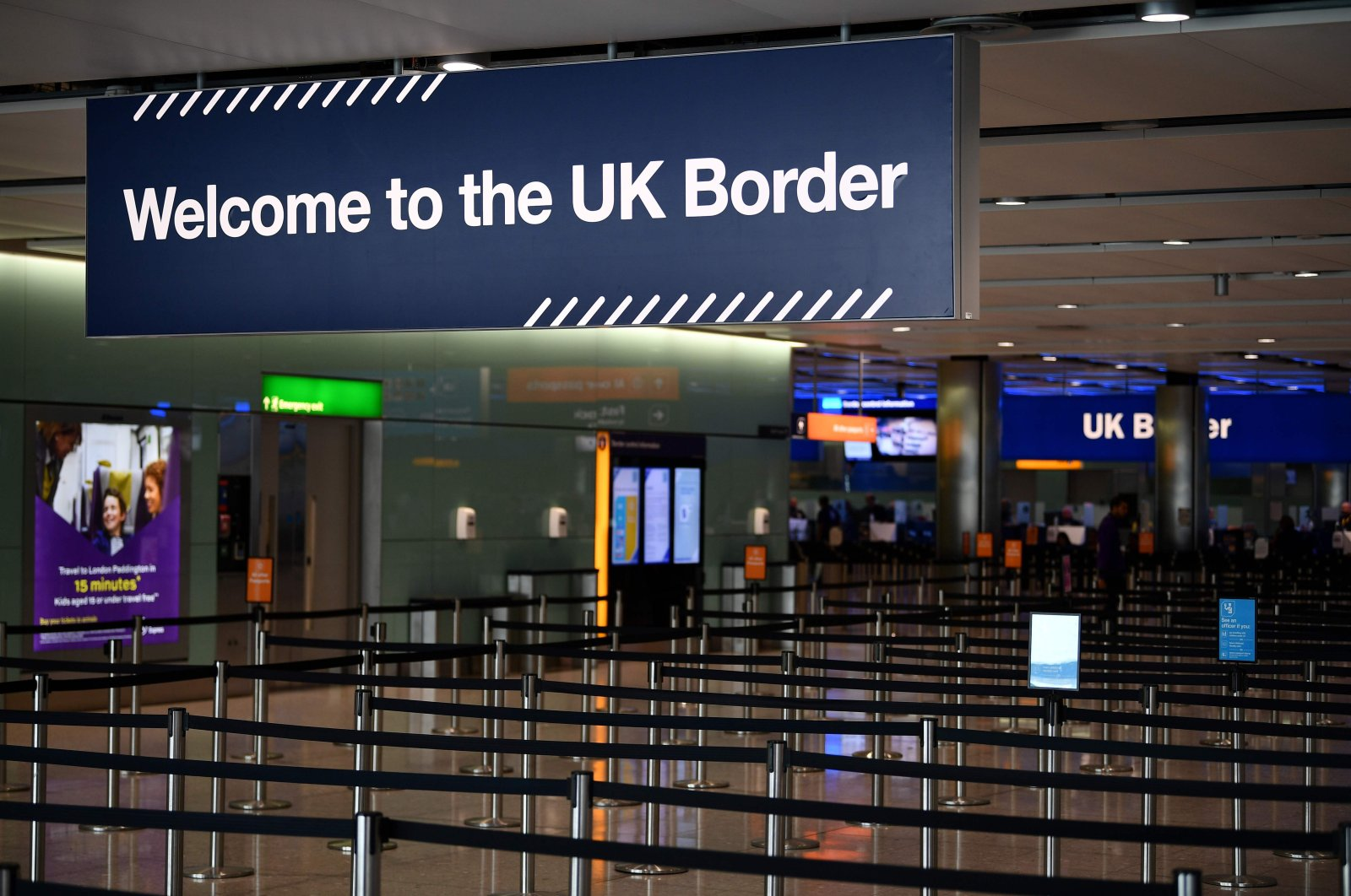 A UK border sign at the passport control in The Arrivals Hall of Terminal 2 at Heathrow Airport, west of London, July 16, 2019. (AFP Photo)