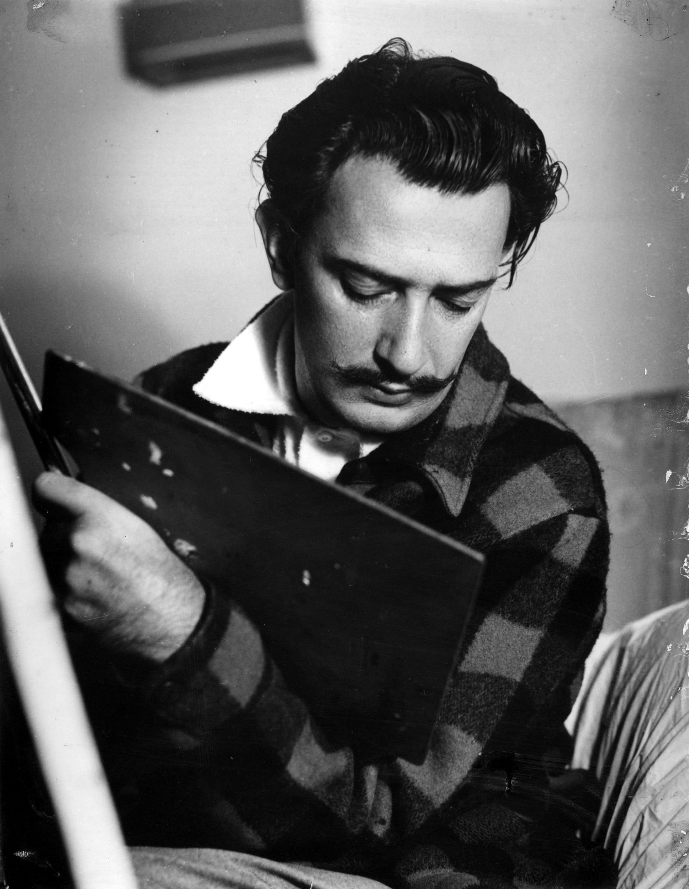 The online exhibition includes a selection of Dali starting from childhood to his last creative days.(Photo courtesy of Sakıp Sabancı Museum)