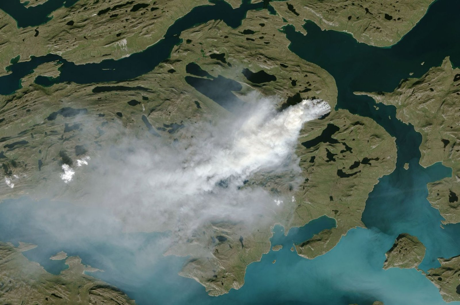 NOAA satellite photo showing cloud of smoke from wildfire in western Greenland (Handout NOAA/AFP File Photo)