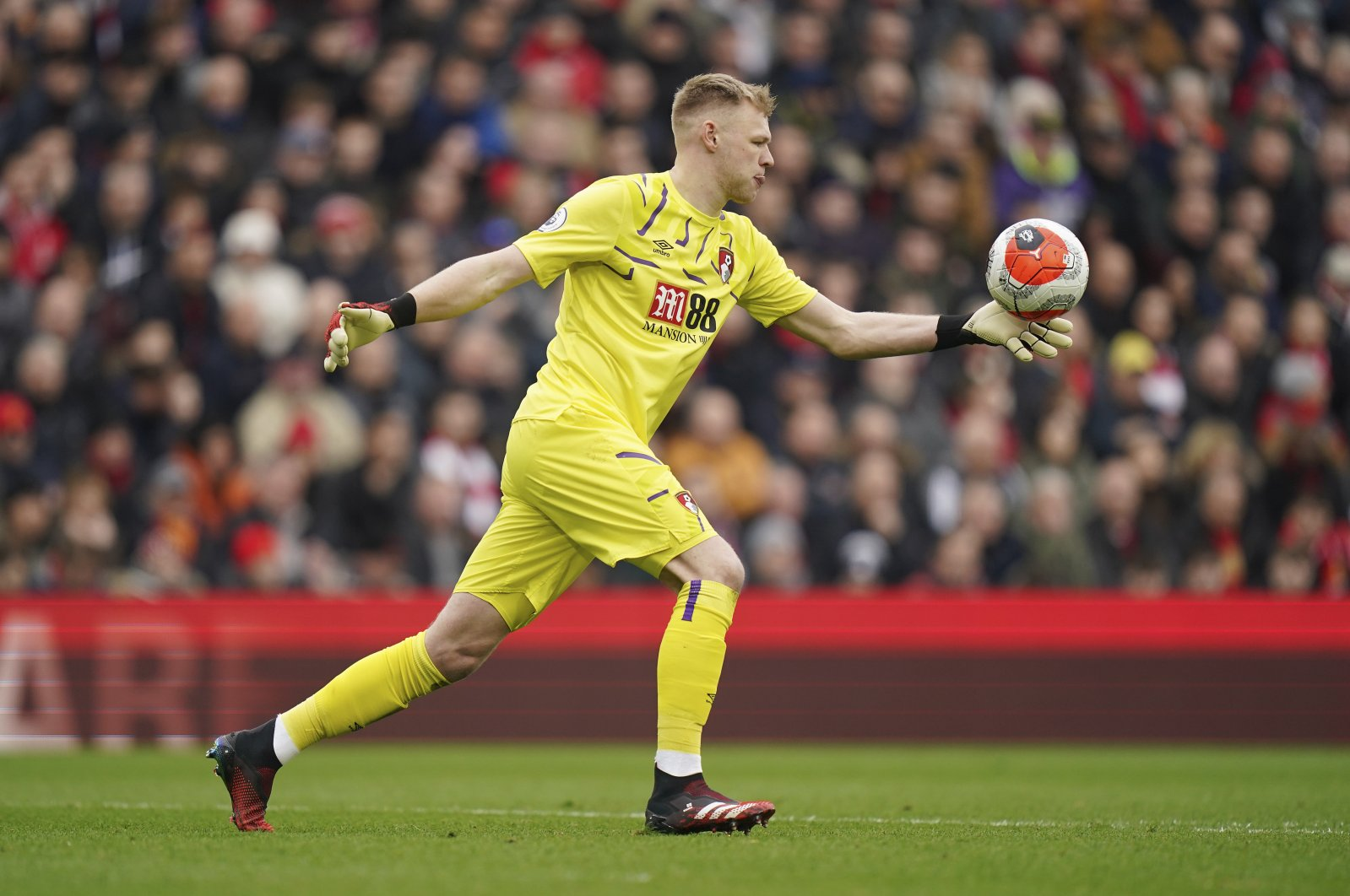 Bournemouth's goalkeeper Aaron Ramsdale prepares to kick the ball during a Premier League match, Liverpool, England, March 7, 2020. (AP Photo)