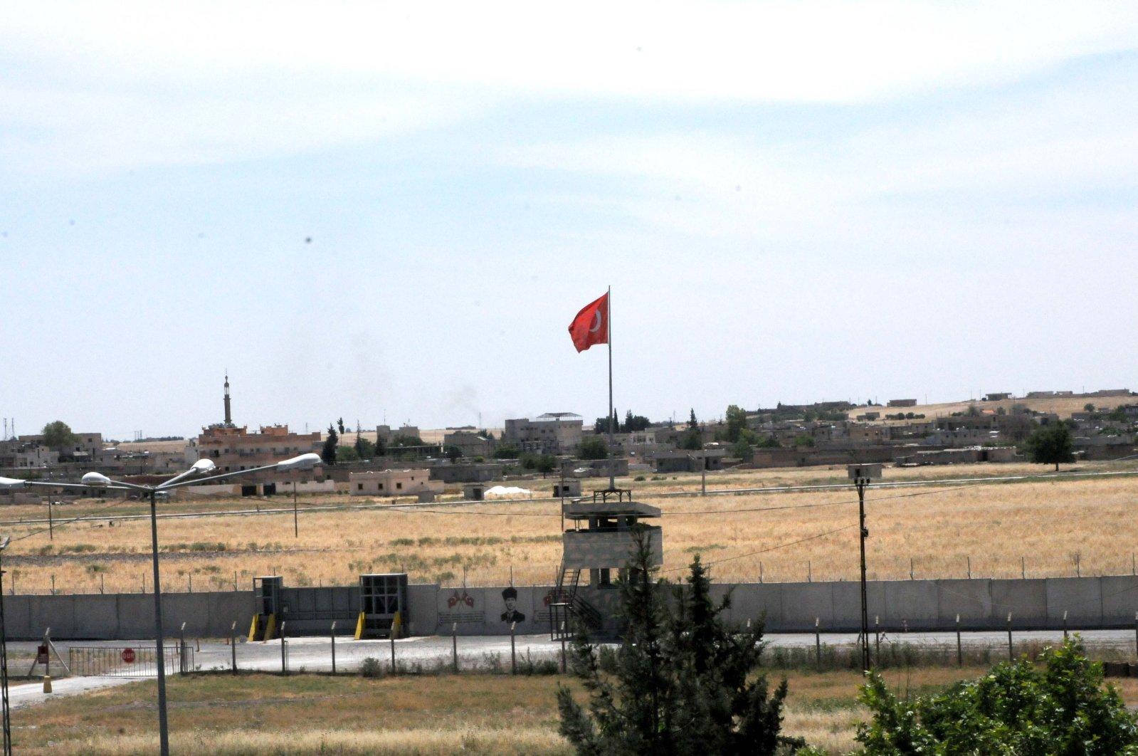 A view of Tal Abyad from southeastern Şanlıurfa province's Akçakale district, May 26, 2020. (DHA)