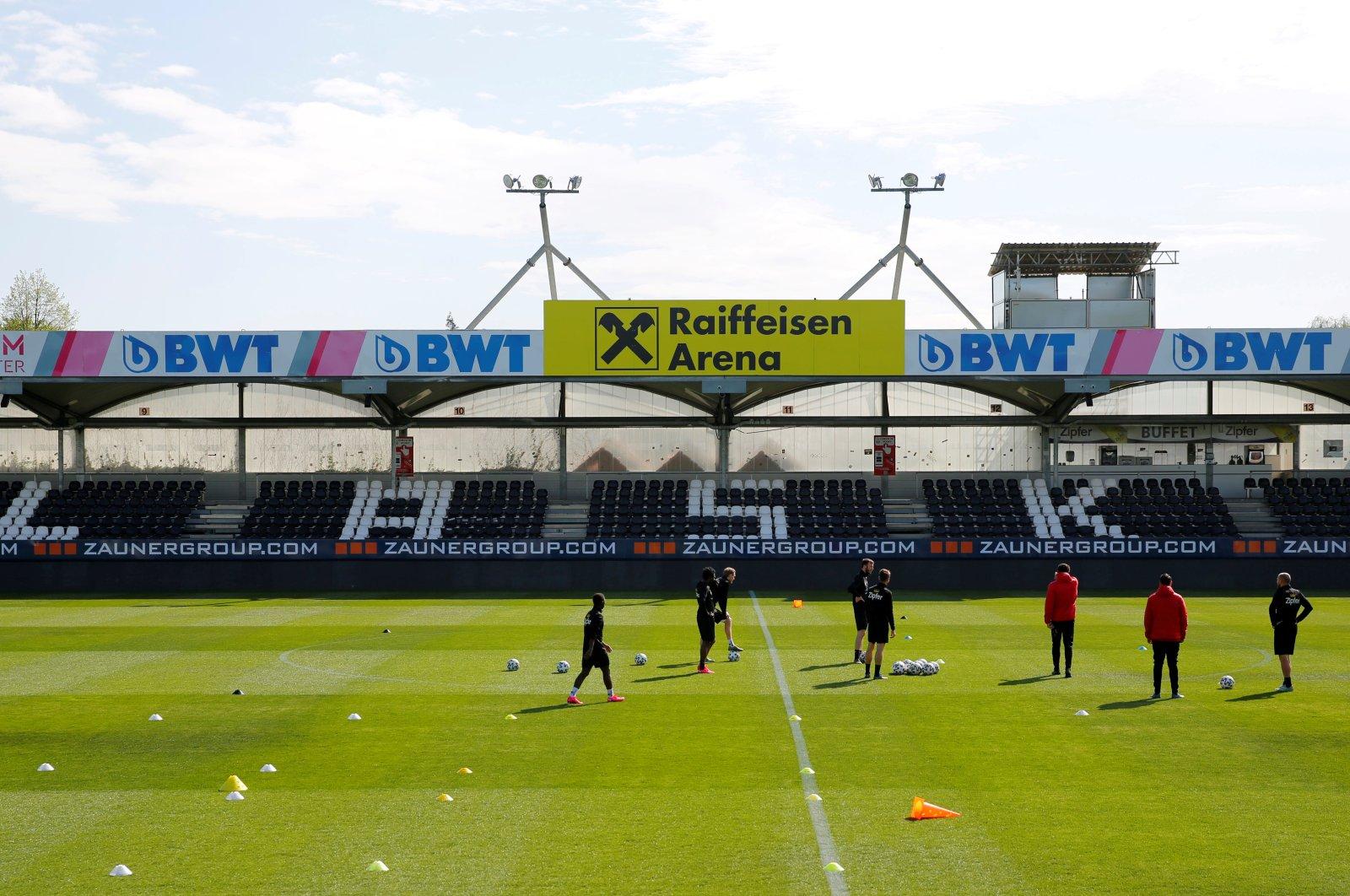 LASK Linz players train amid the coronavirus pandemic, Pasching, Austria, April 20, 2020. (Reuters Photo)