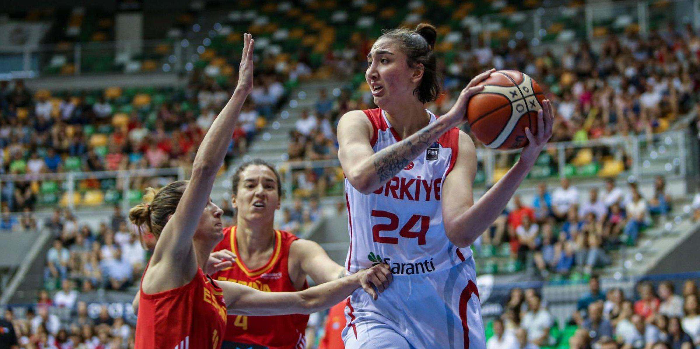 Transfer To Barcelona A Milestone For My Career Turkish Basketball Player Says Daily Sabah